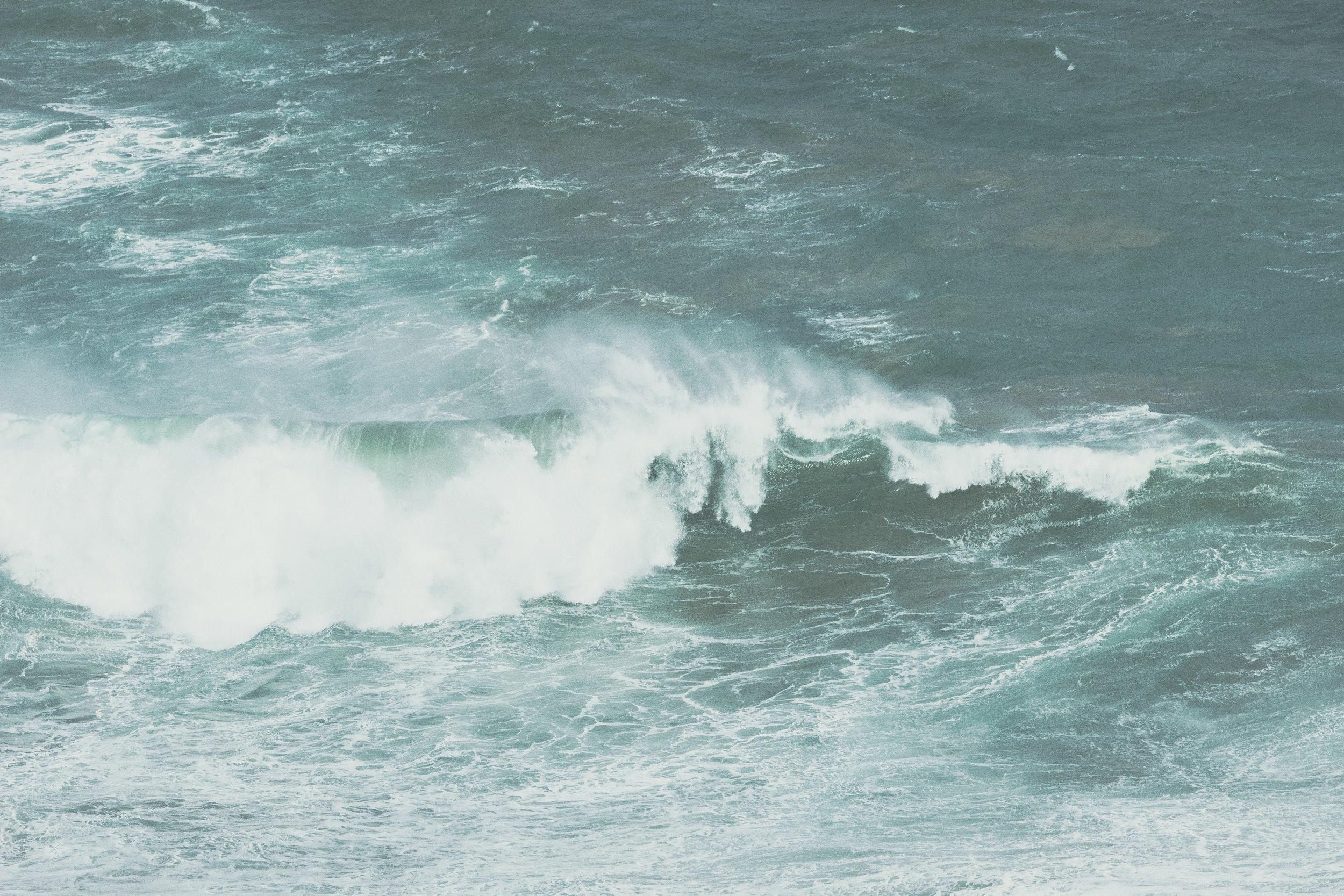 Crashing Waves -