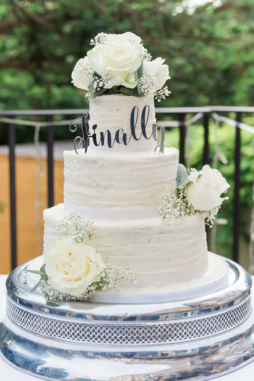 beautiful-wedding-cake-somerset.jpg