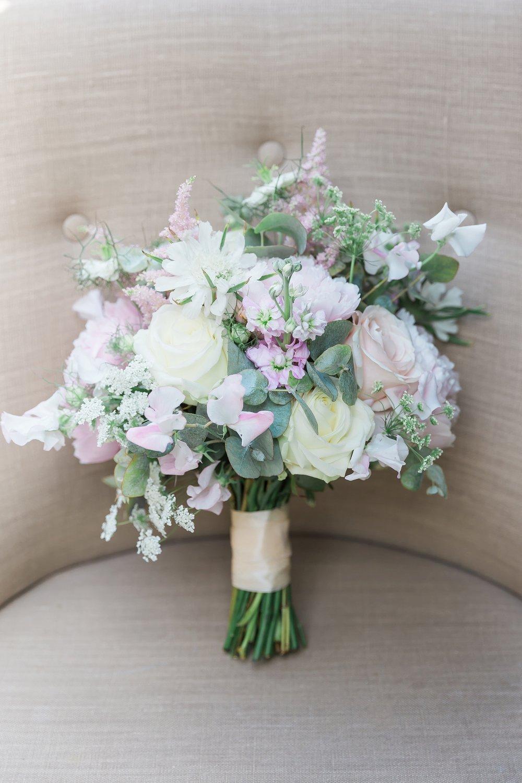 pastel-wedding-bouquet.jpg