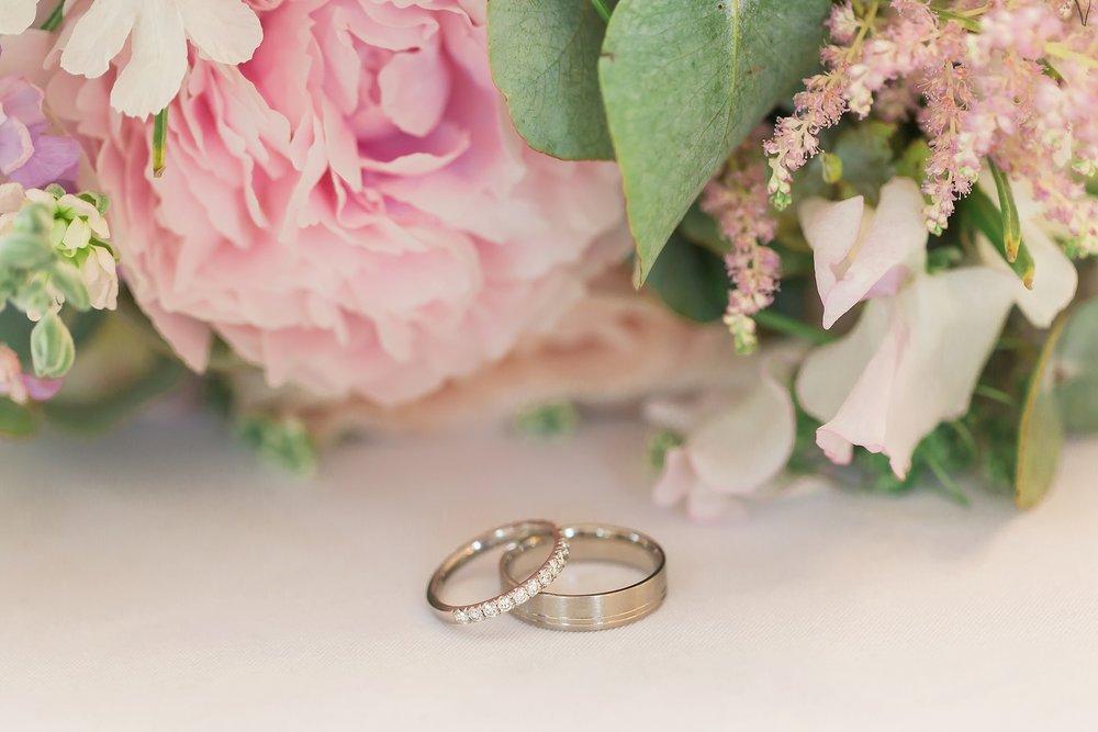 pretty-wedding-rings.jpg
