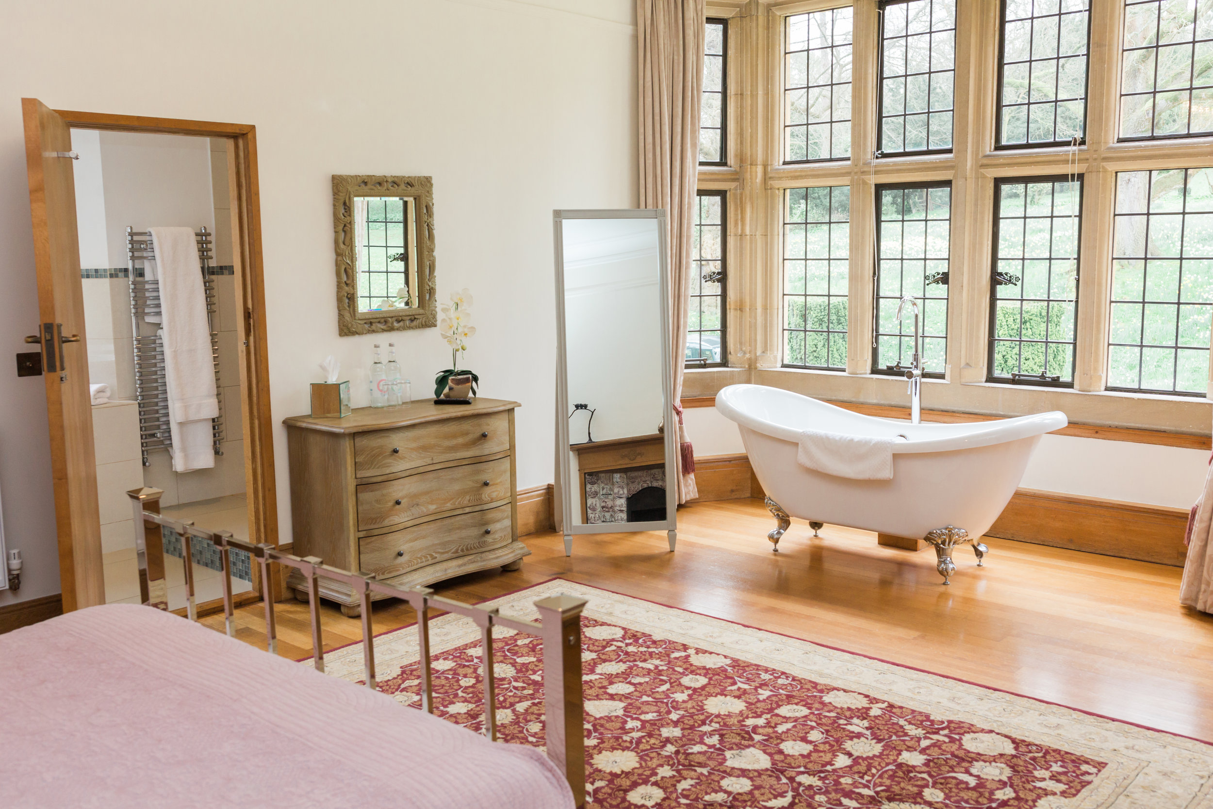 bridal-suite-coombe-lodge.jpg