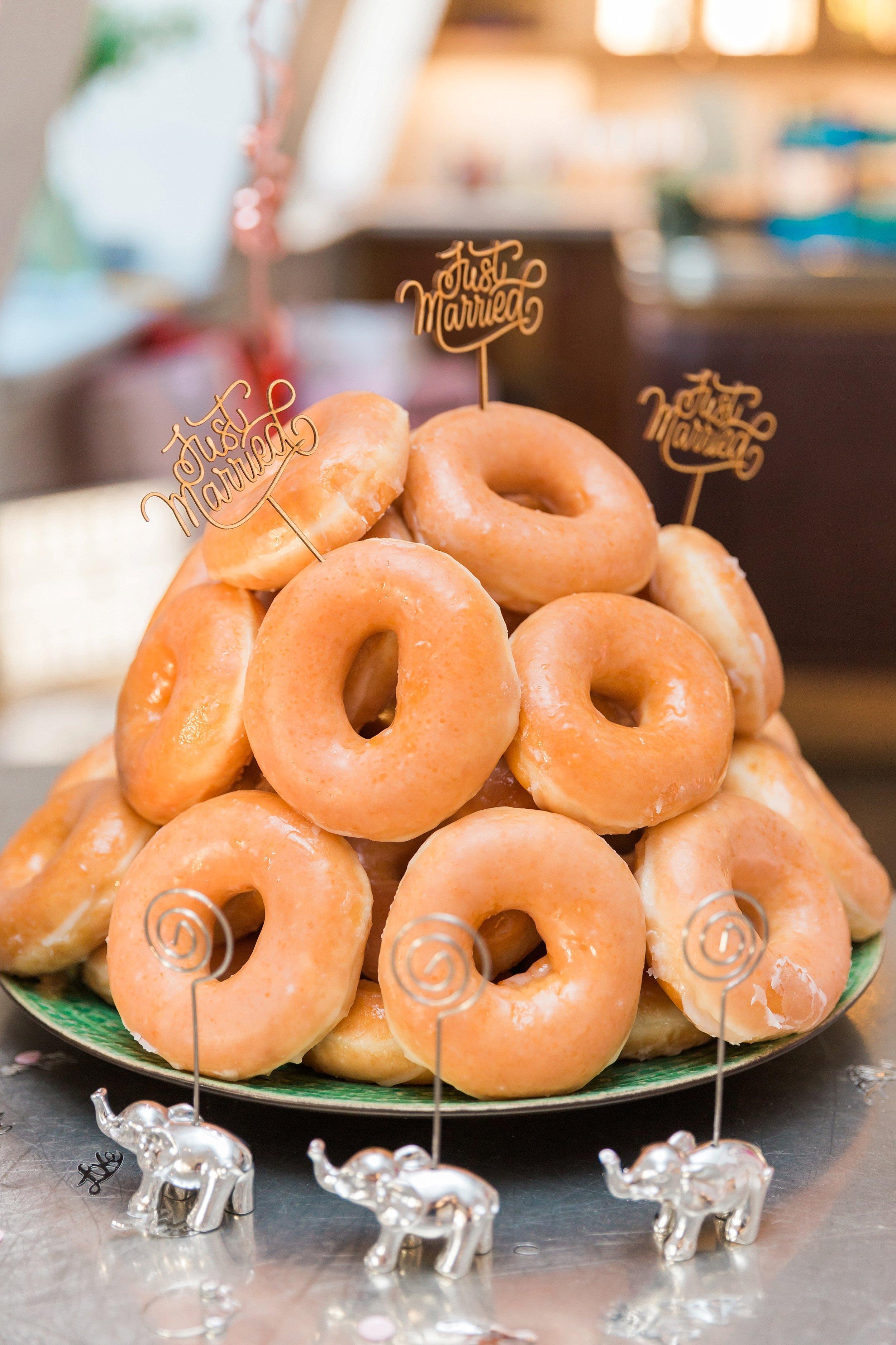 wedding-doughnut-tower.jpg
