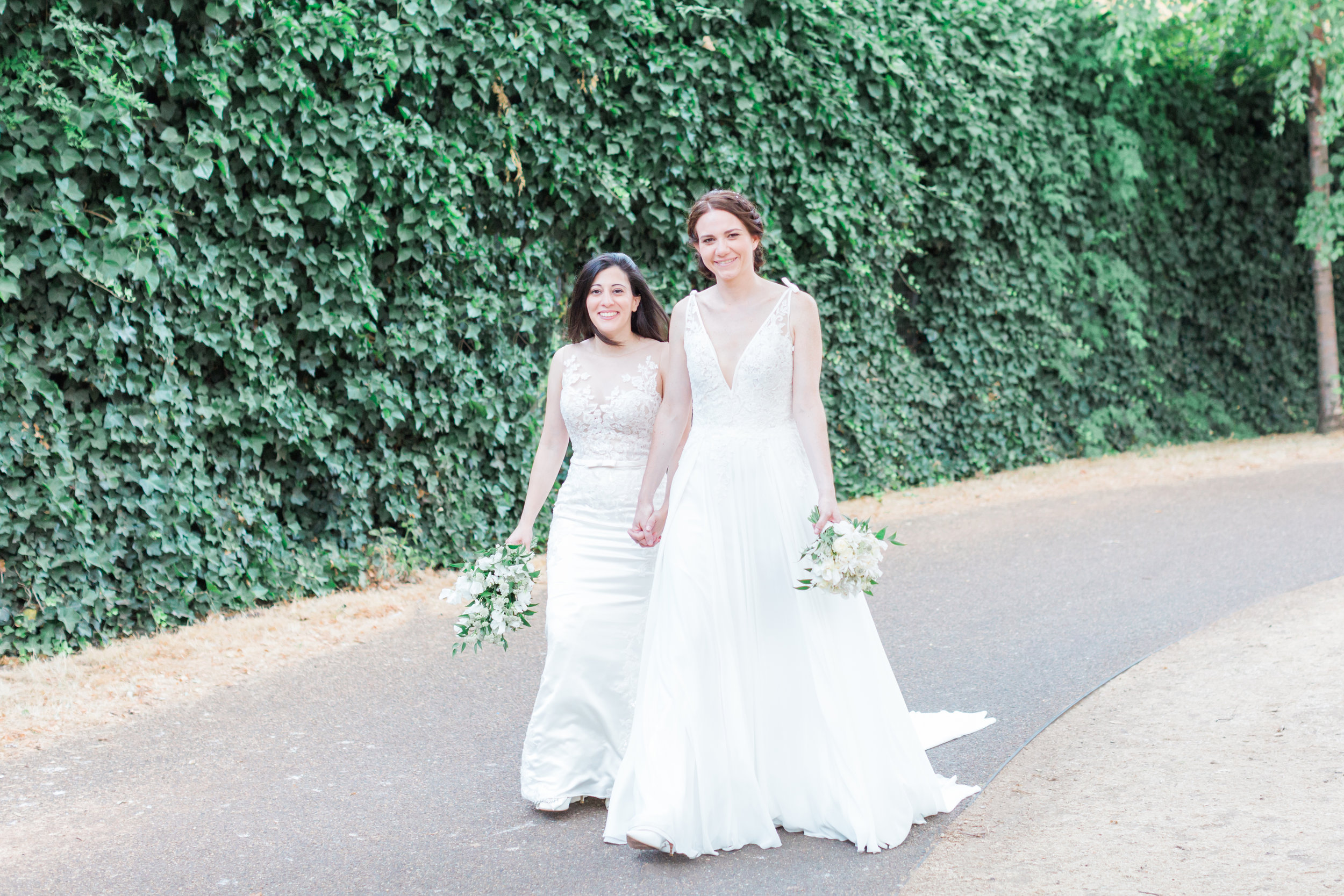 green-and-white-wedding.jpg