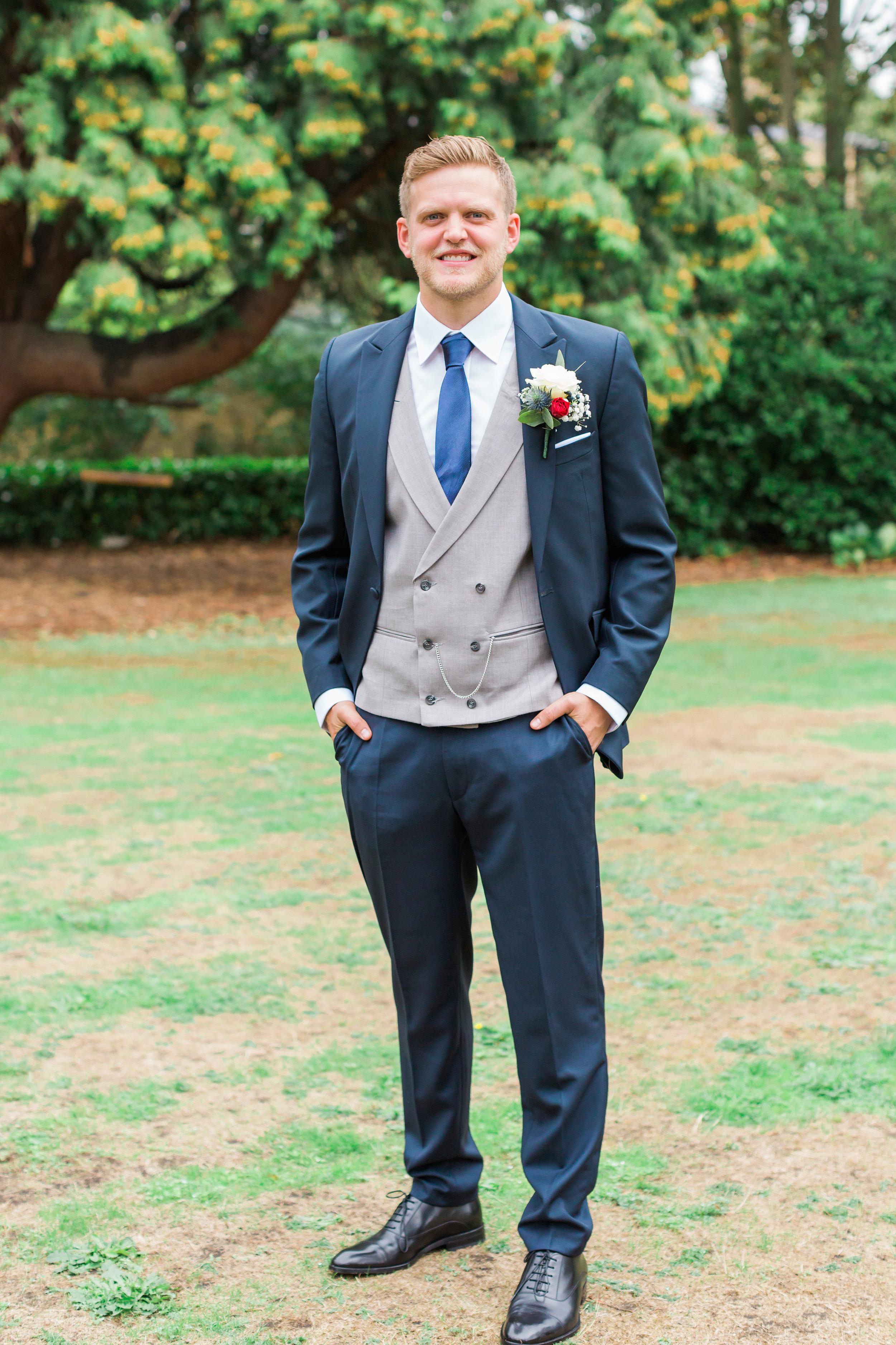 navy-groom-suit.jpg