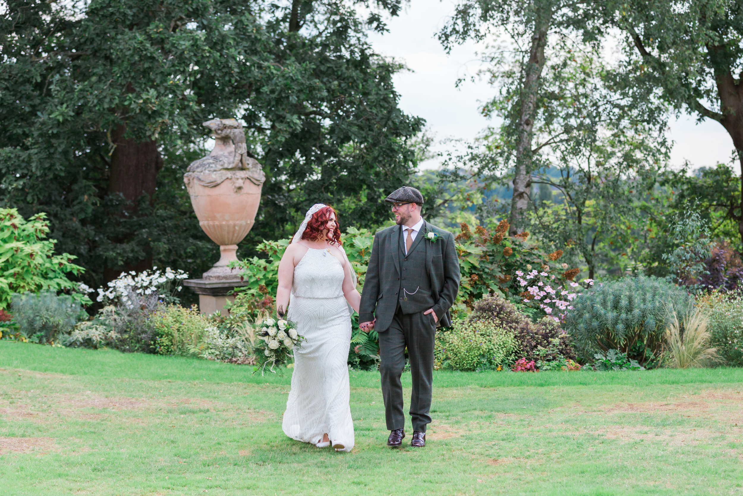 natural somerset wedding photographer.jpg