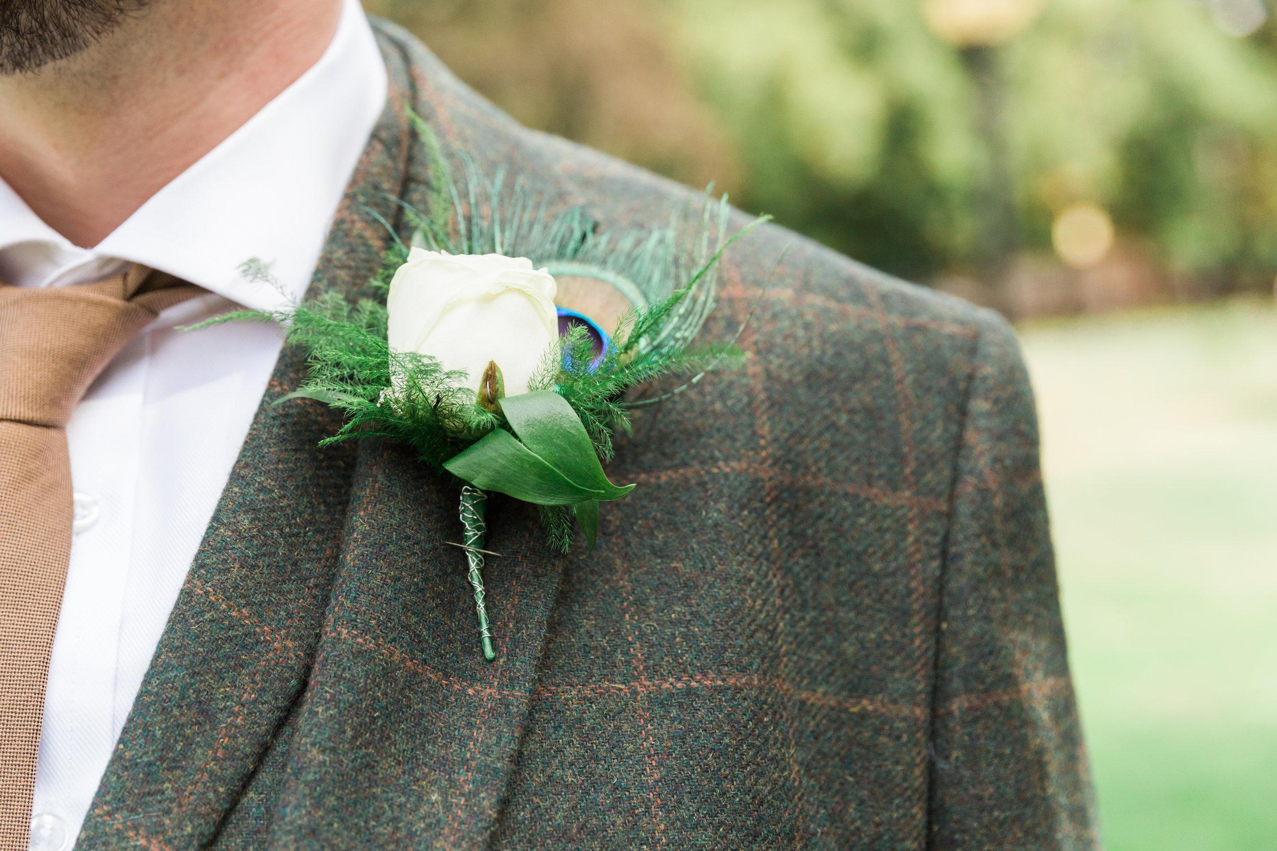 vintage groom buttonhole.jpg