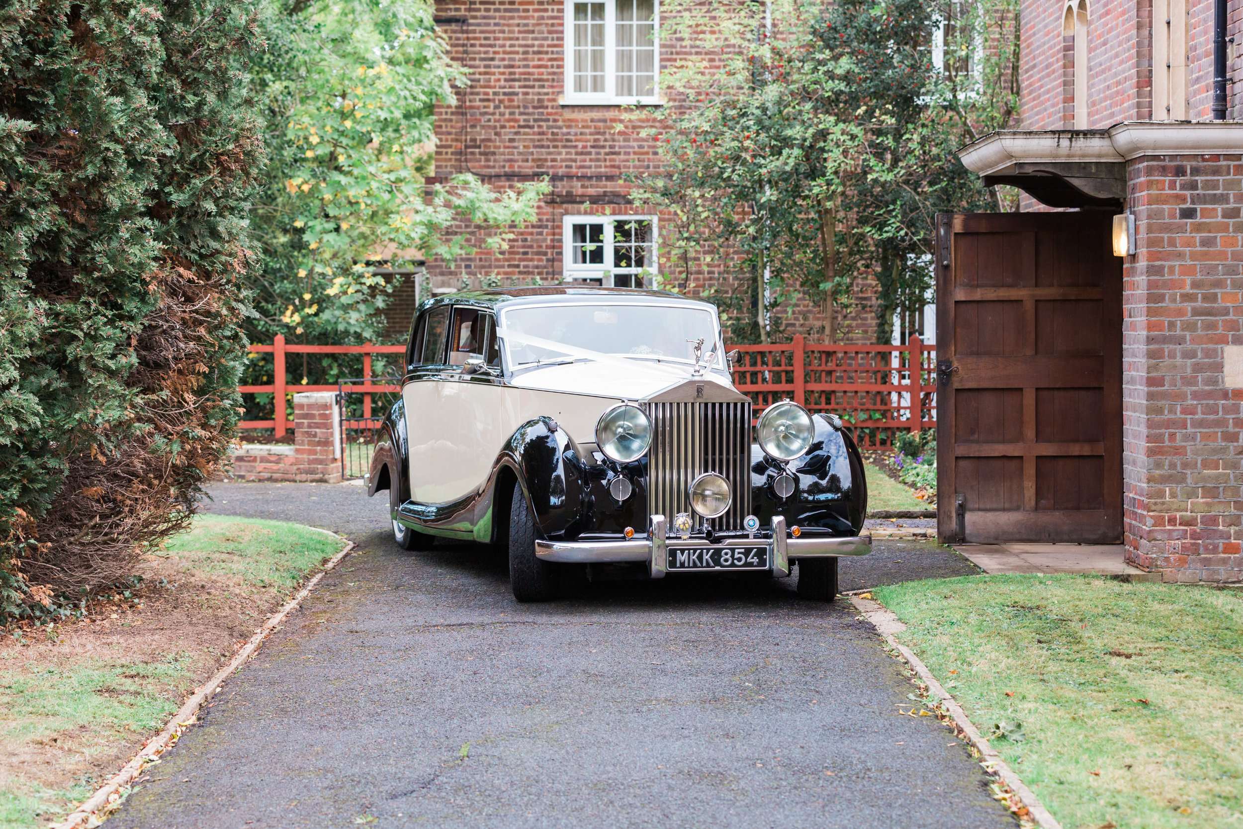 wedding transport windsor.jpg