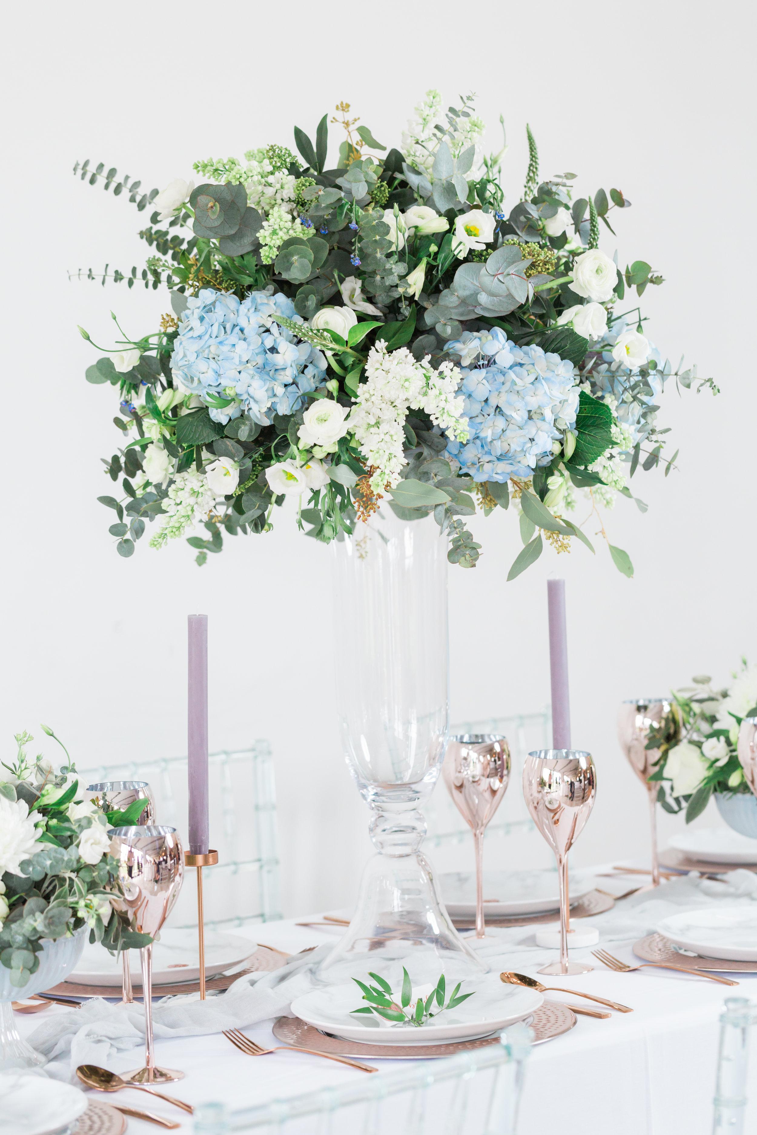 beautiful-wedding-reception-florals.jpg