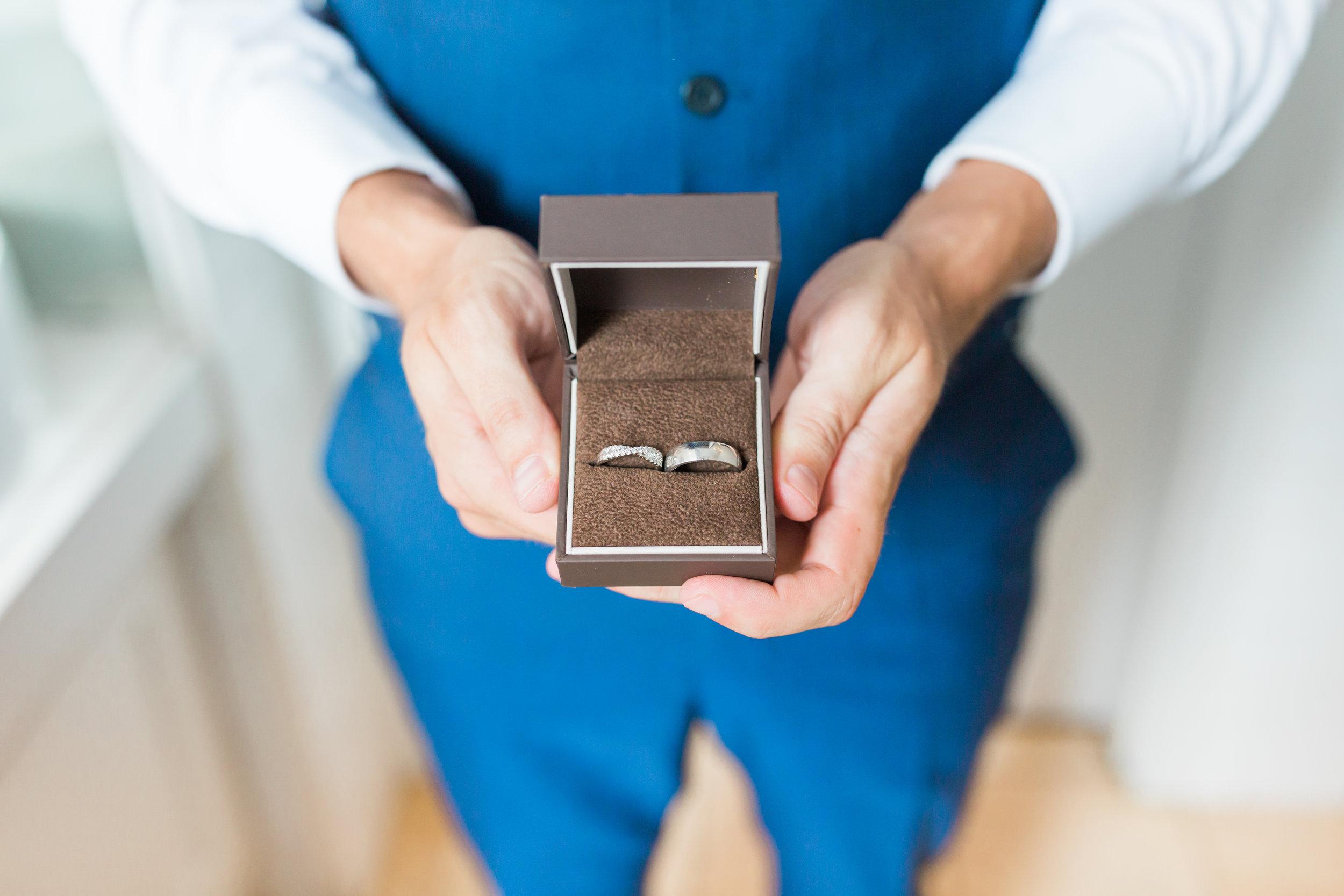 wedding rings somerset.jpg