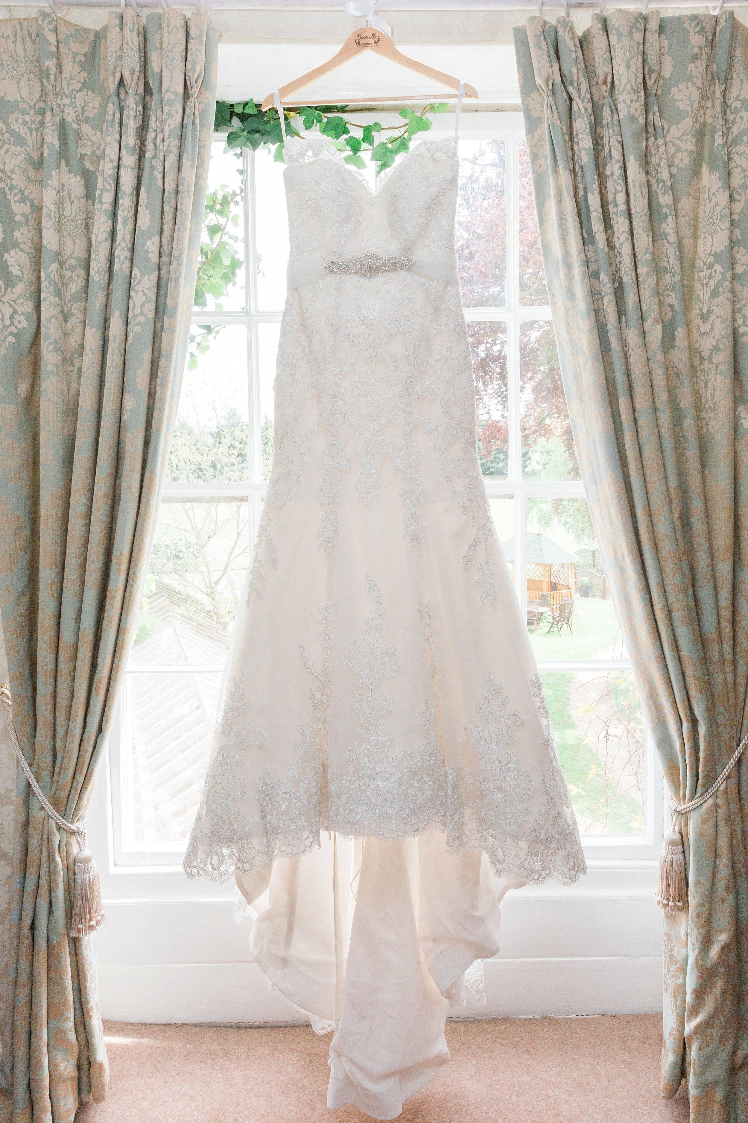 anna sorrano wedding dress.jpg