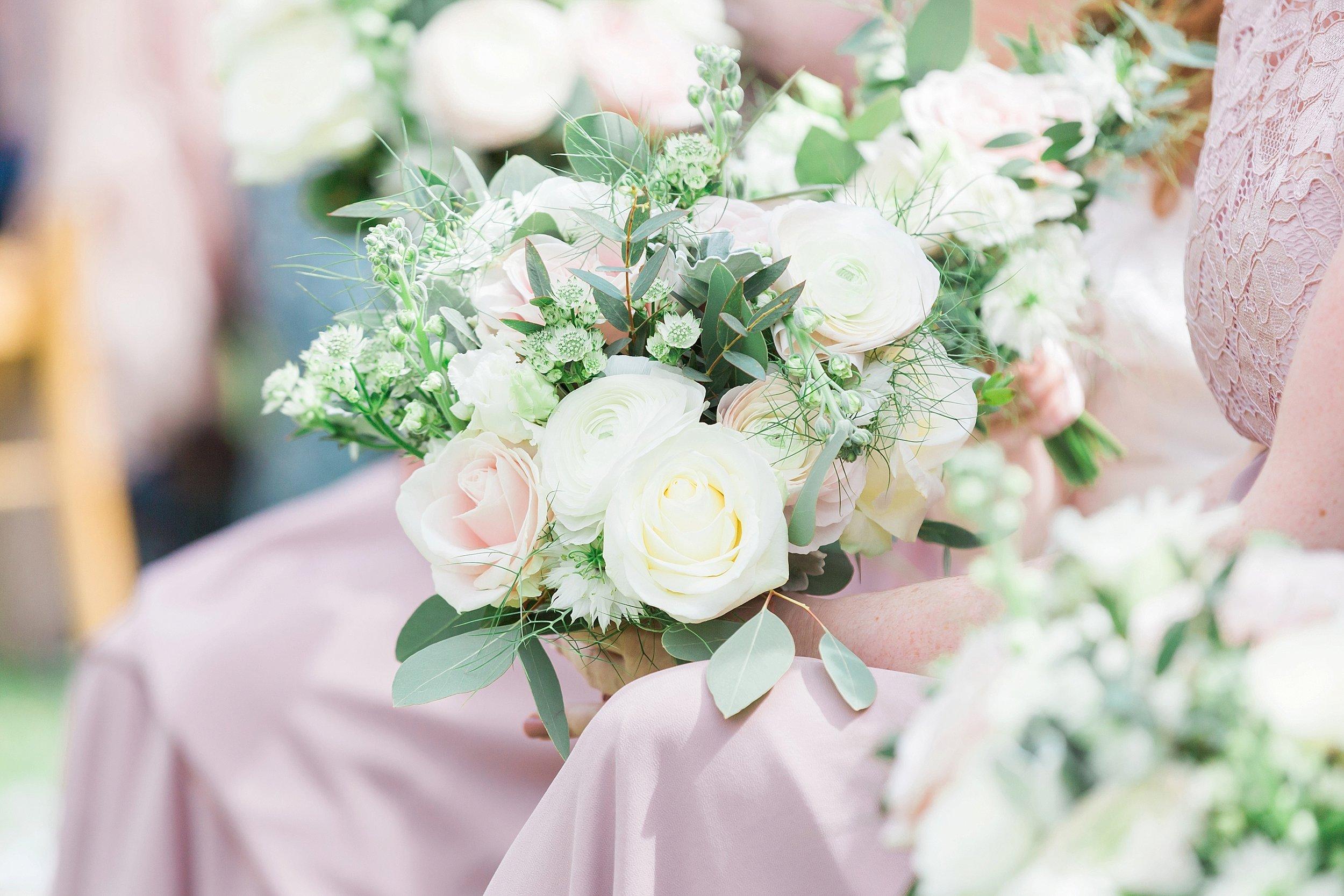 blush wedding flowers.jpg