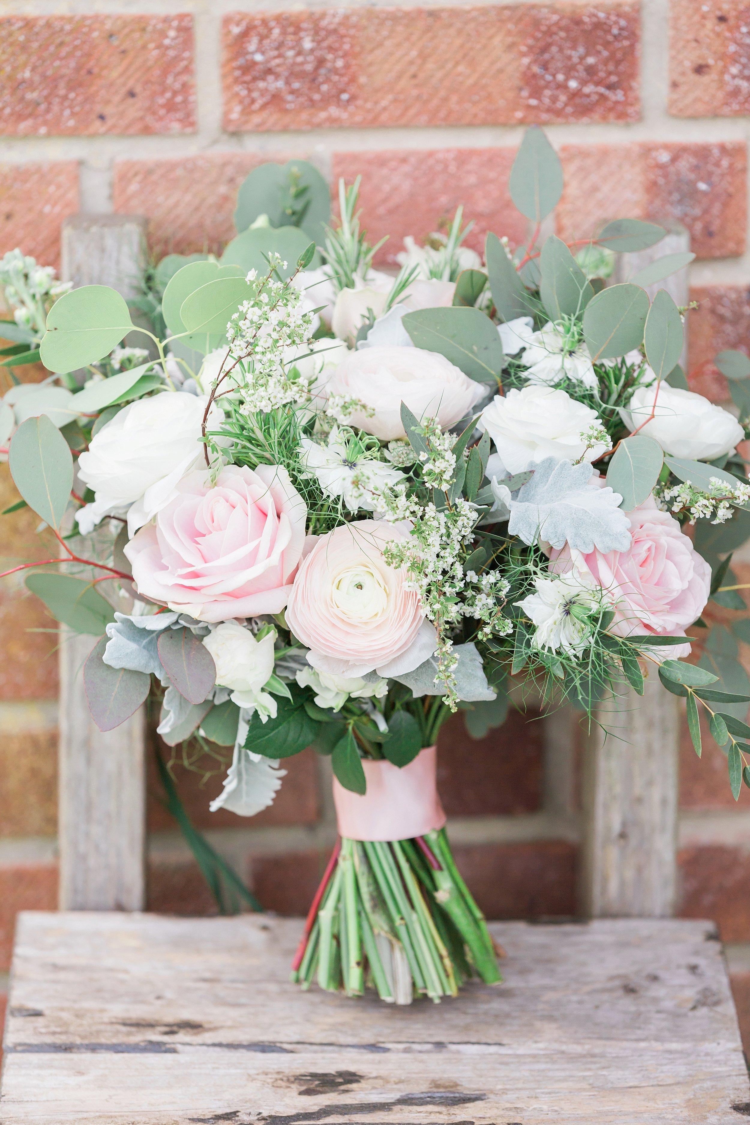 blush and green wedding bouquet.jpg