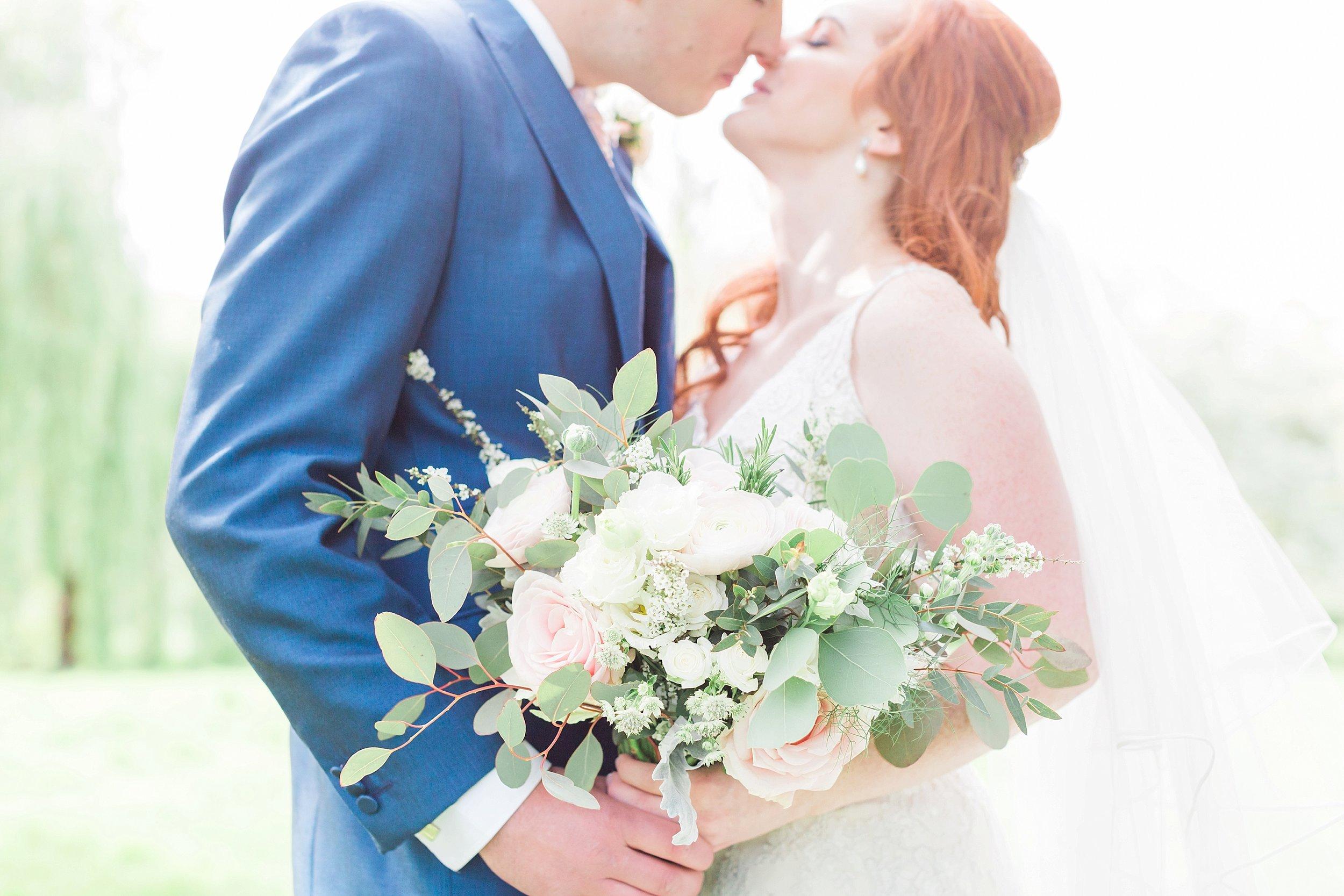 bride bouquet somerset.jpg