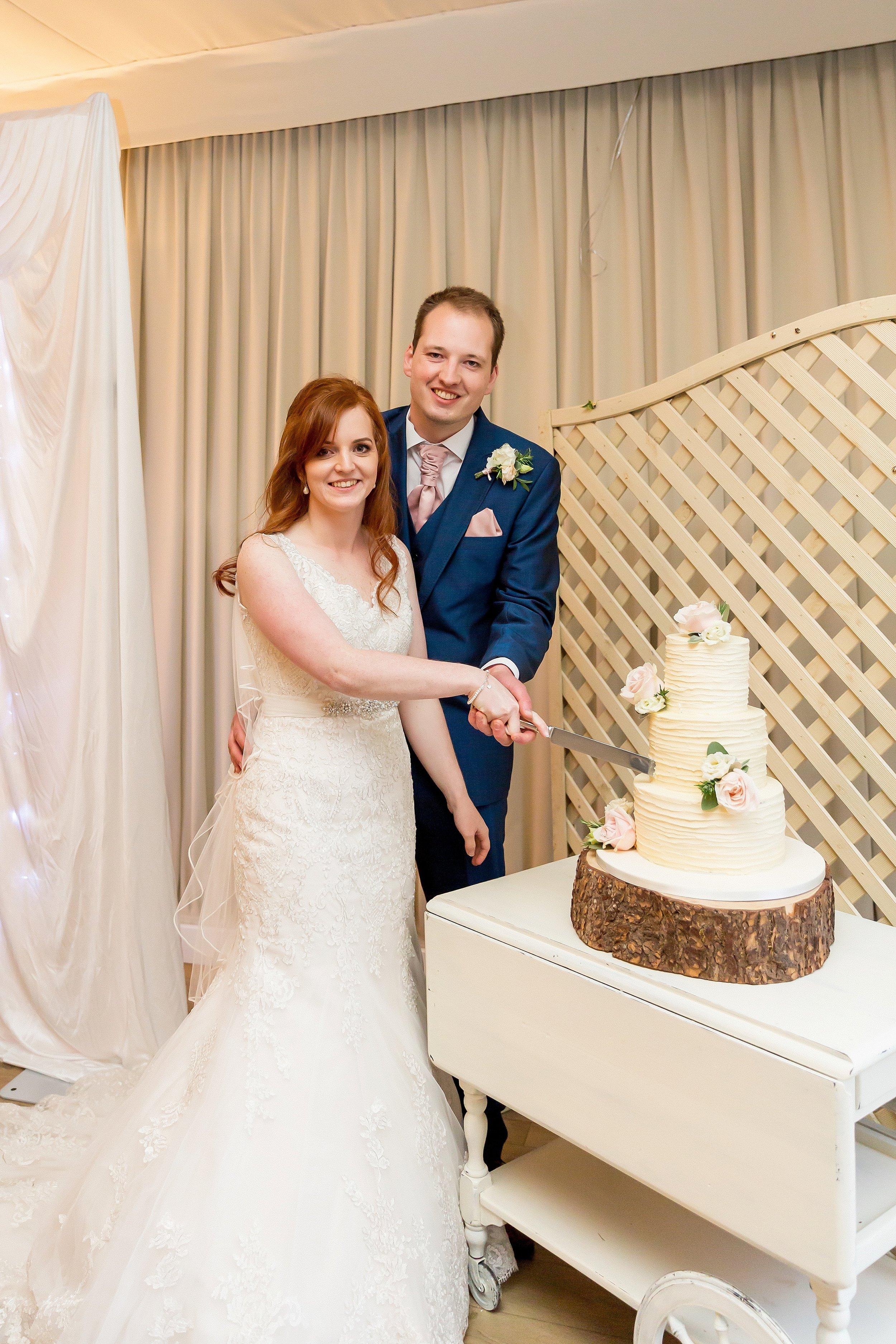 wedding cake ideas somerset.jpg