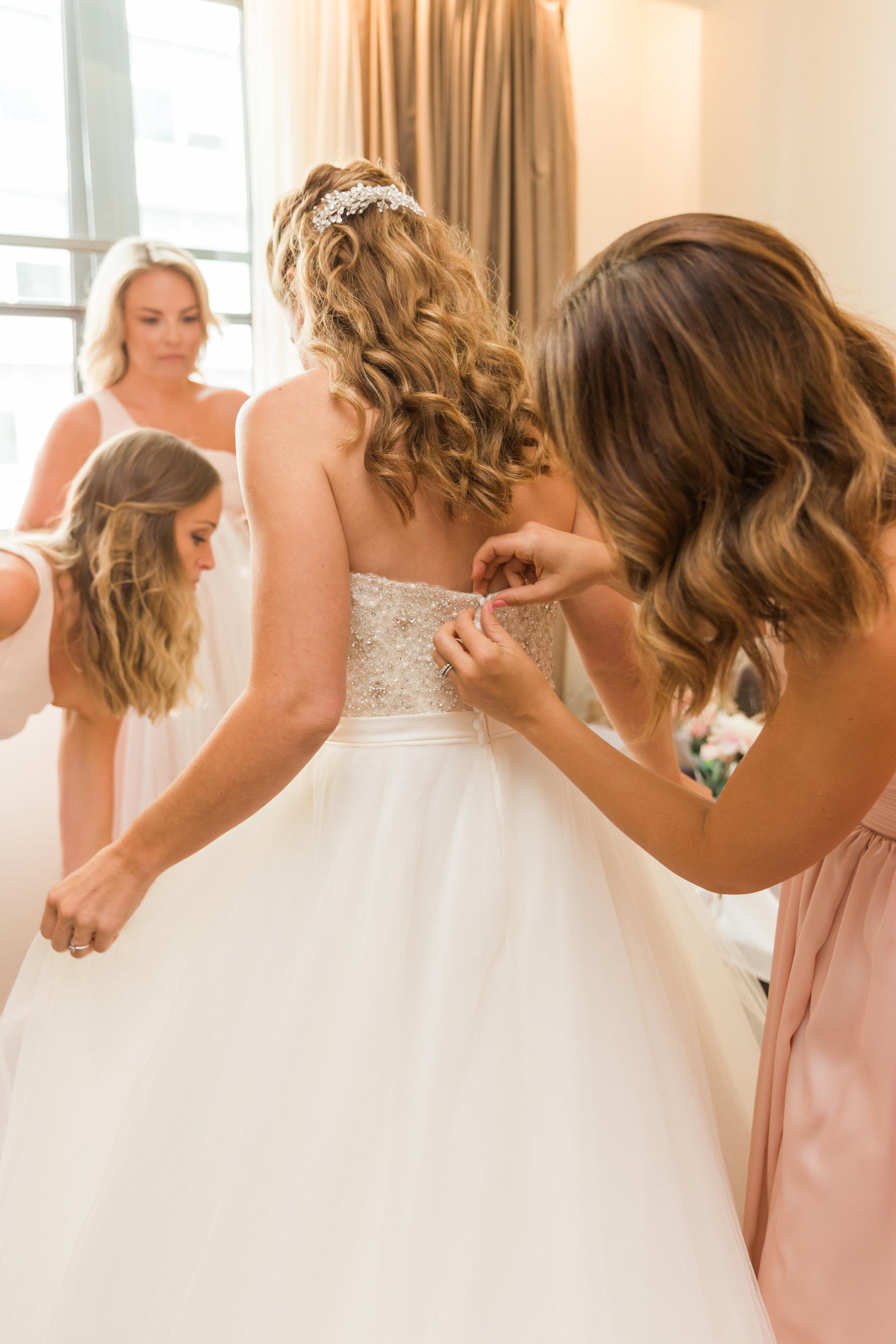 wedding day timeline.jpg