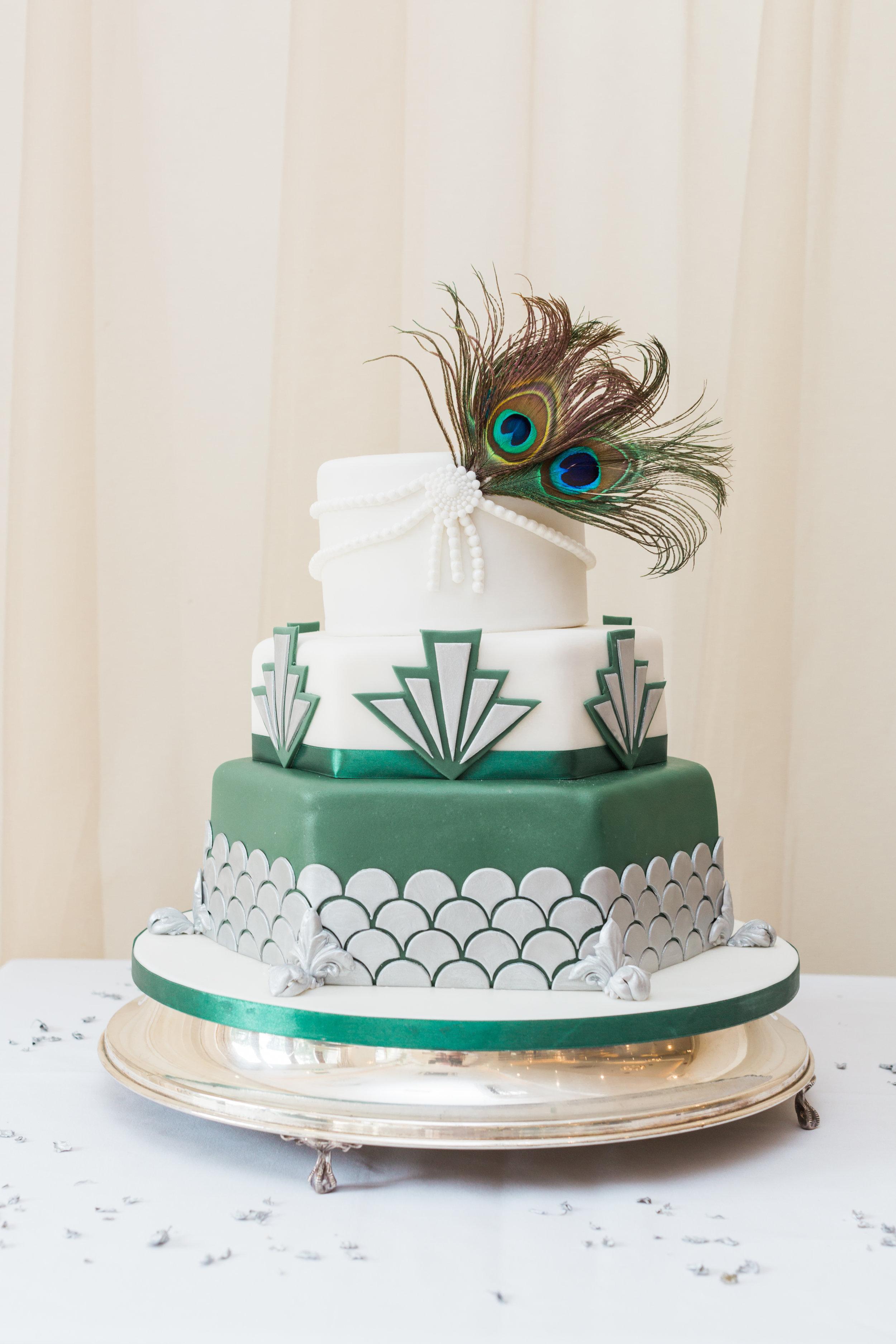 art deco wedding cake.jpg
