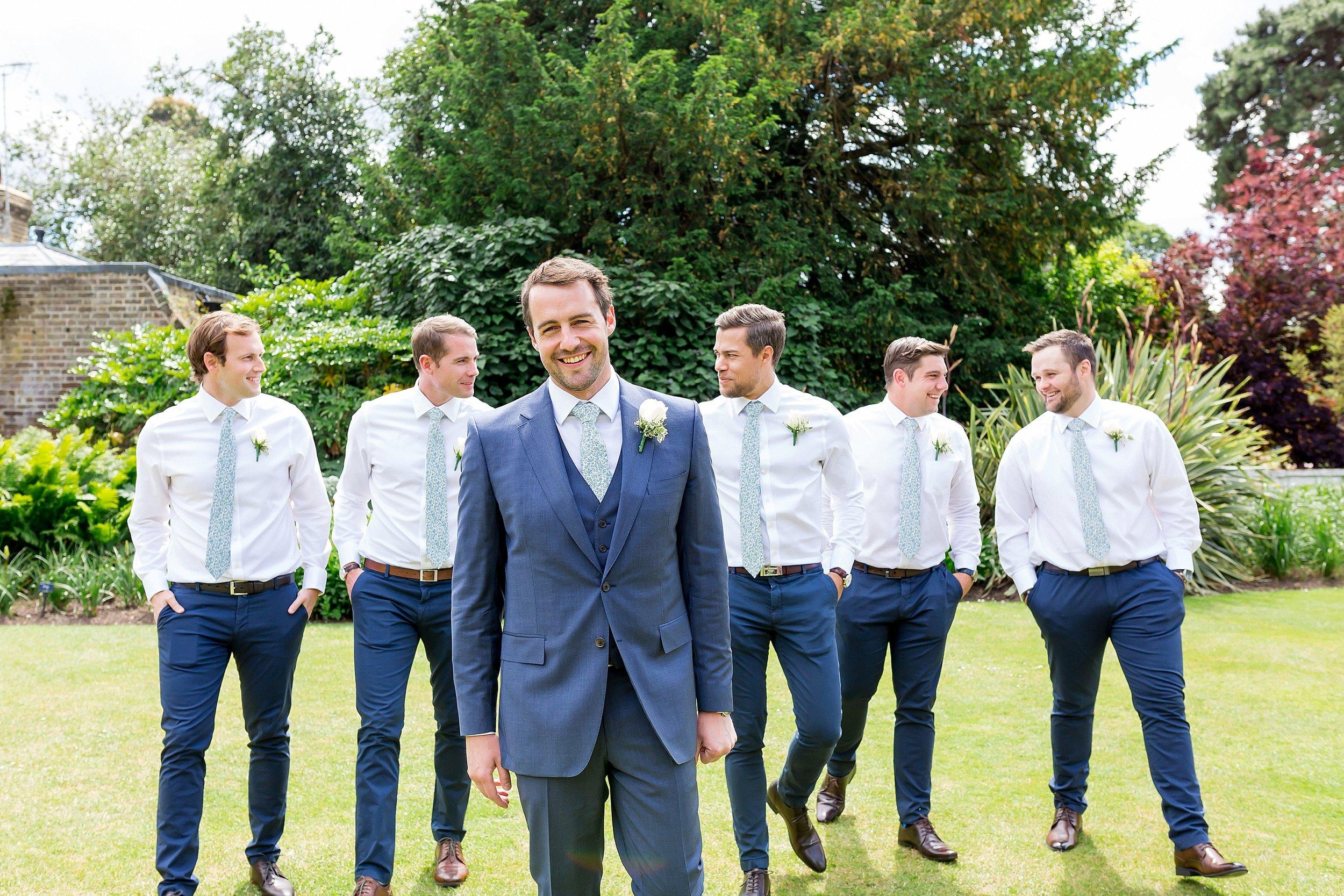 fun wedding at kew gardens.jpg