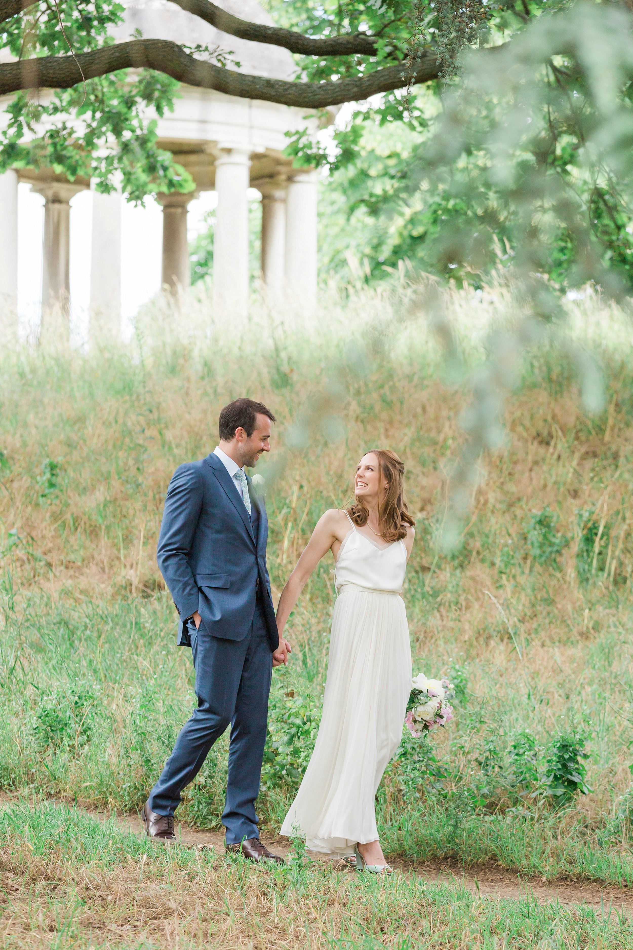 kew gardens wedding photographer.jpg