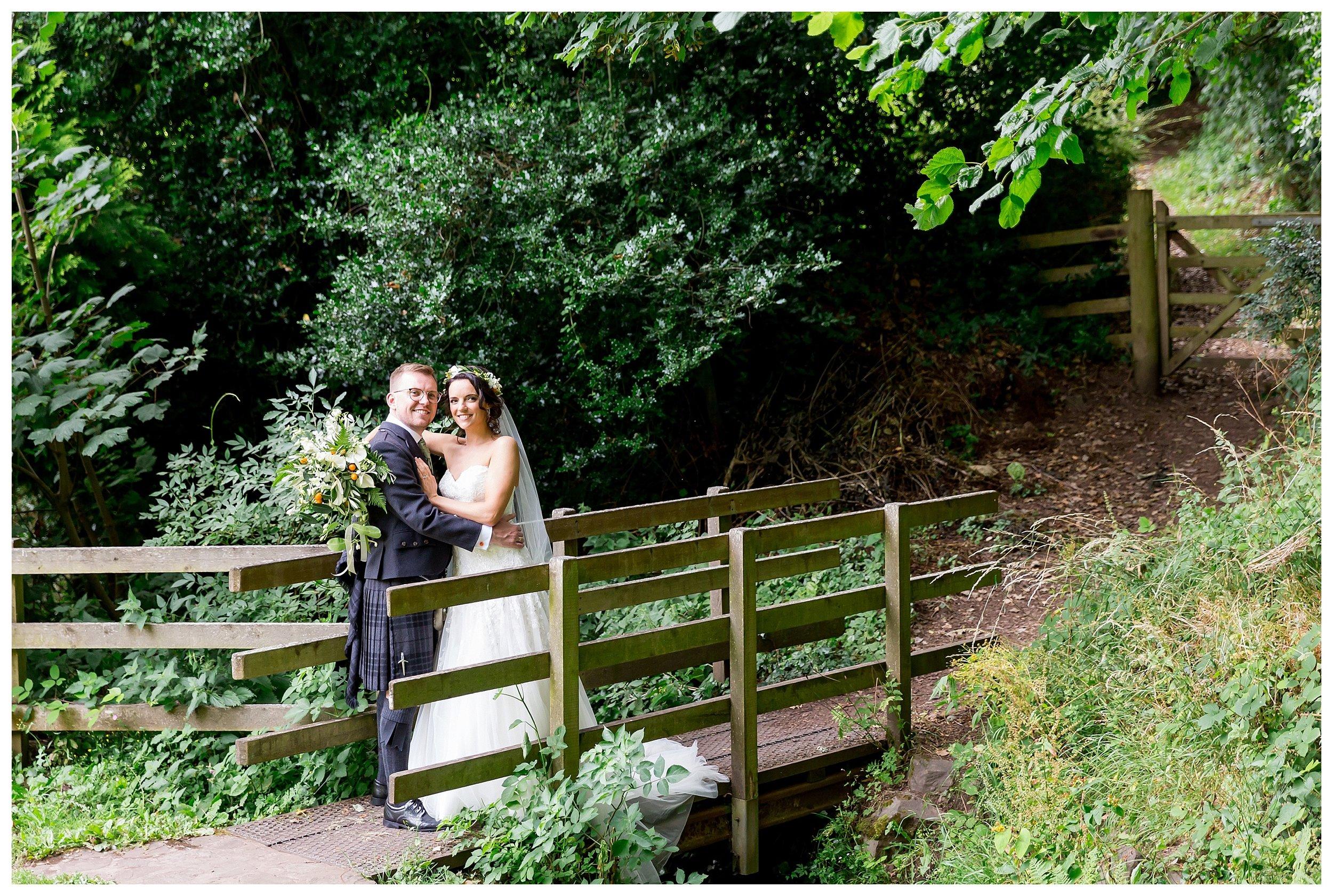 natural wedding photography somerset.jpg