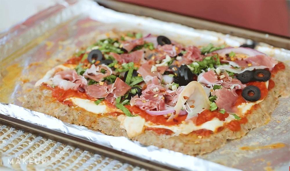 meatza-paleo-diet-pizza-recipe-video.png