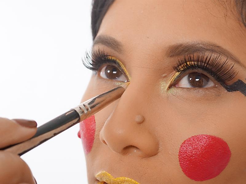 pikachu-halloween-makeup-15.jpg