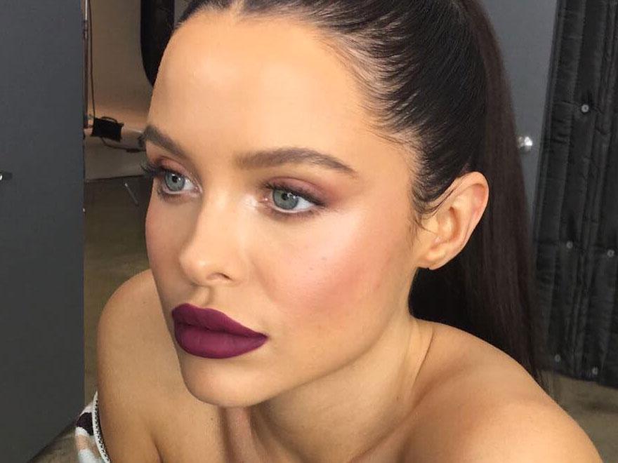 kylie-cosmetics-spice-lipstick_2017_02.jpg