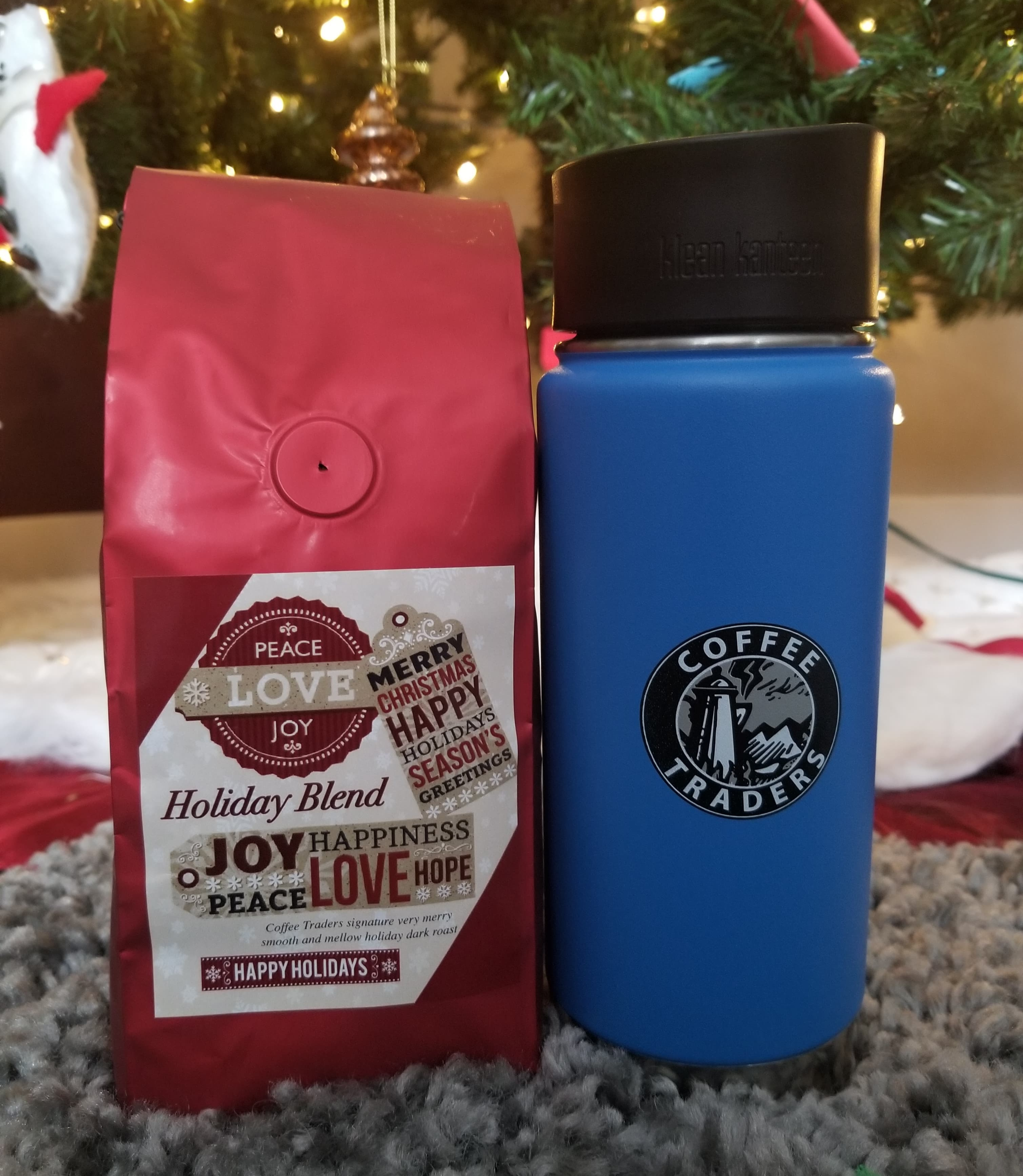 Cochrane Coffee Traders Holiday Coffee + Kleen Kanteen Mug