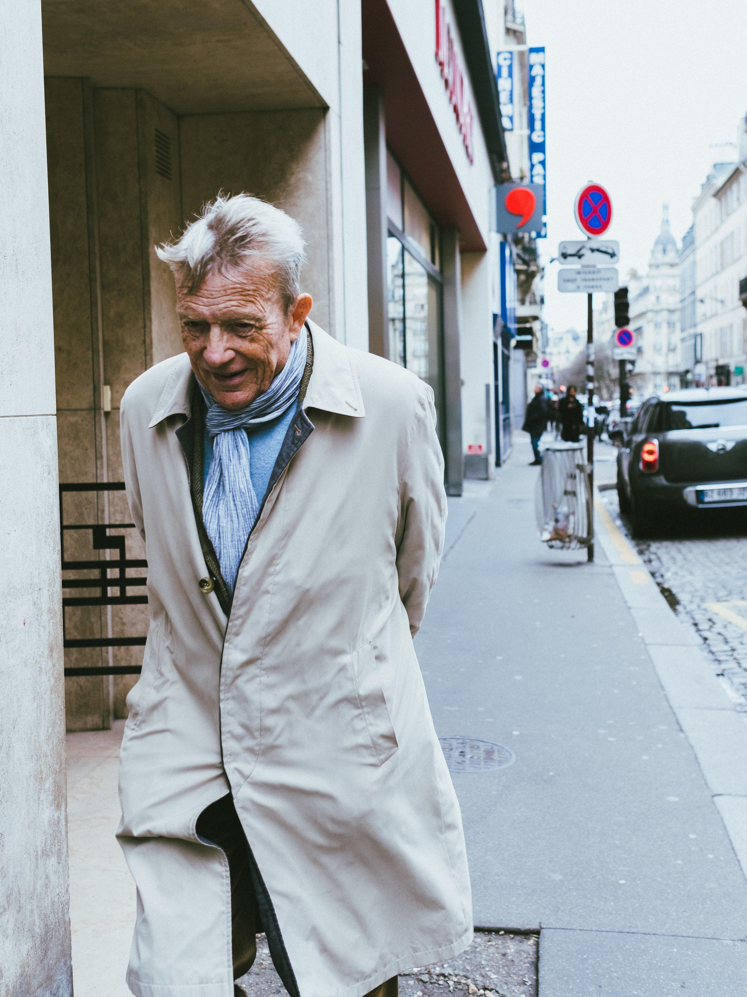 Paris street  1-2.JPG