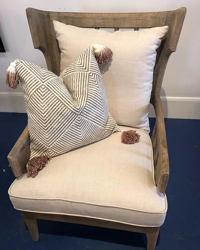 Crazy about our new furniture, especially this arm chair. We have a pair!  #southernlifestlye #southerngoods #worthyimports #lowcountry #lowcountrydecor #lowcountryliving #sweetteafloat #sweetteabar #sweettea #southerndecor #southernstyle #blueandwhite  #indigo #shopsmall #shoplocal