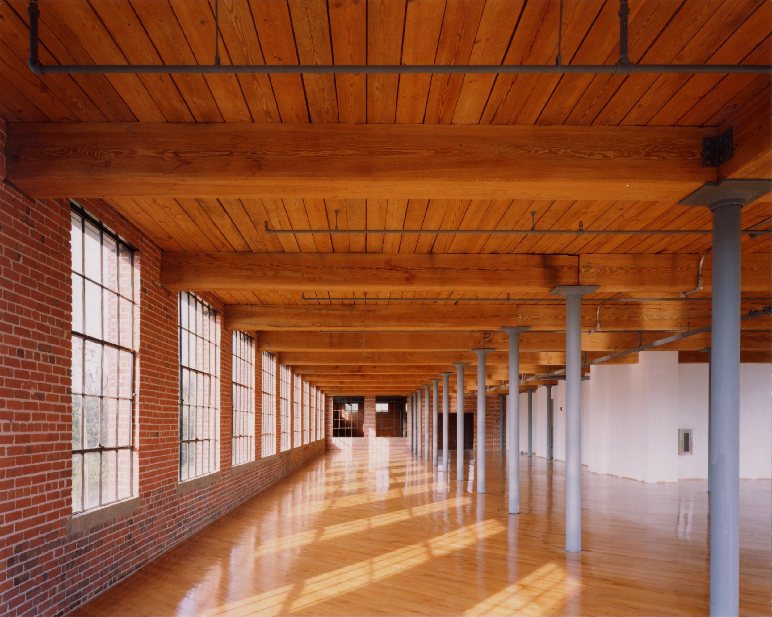 Image3.interior.jpg