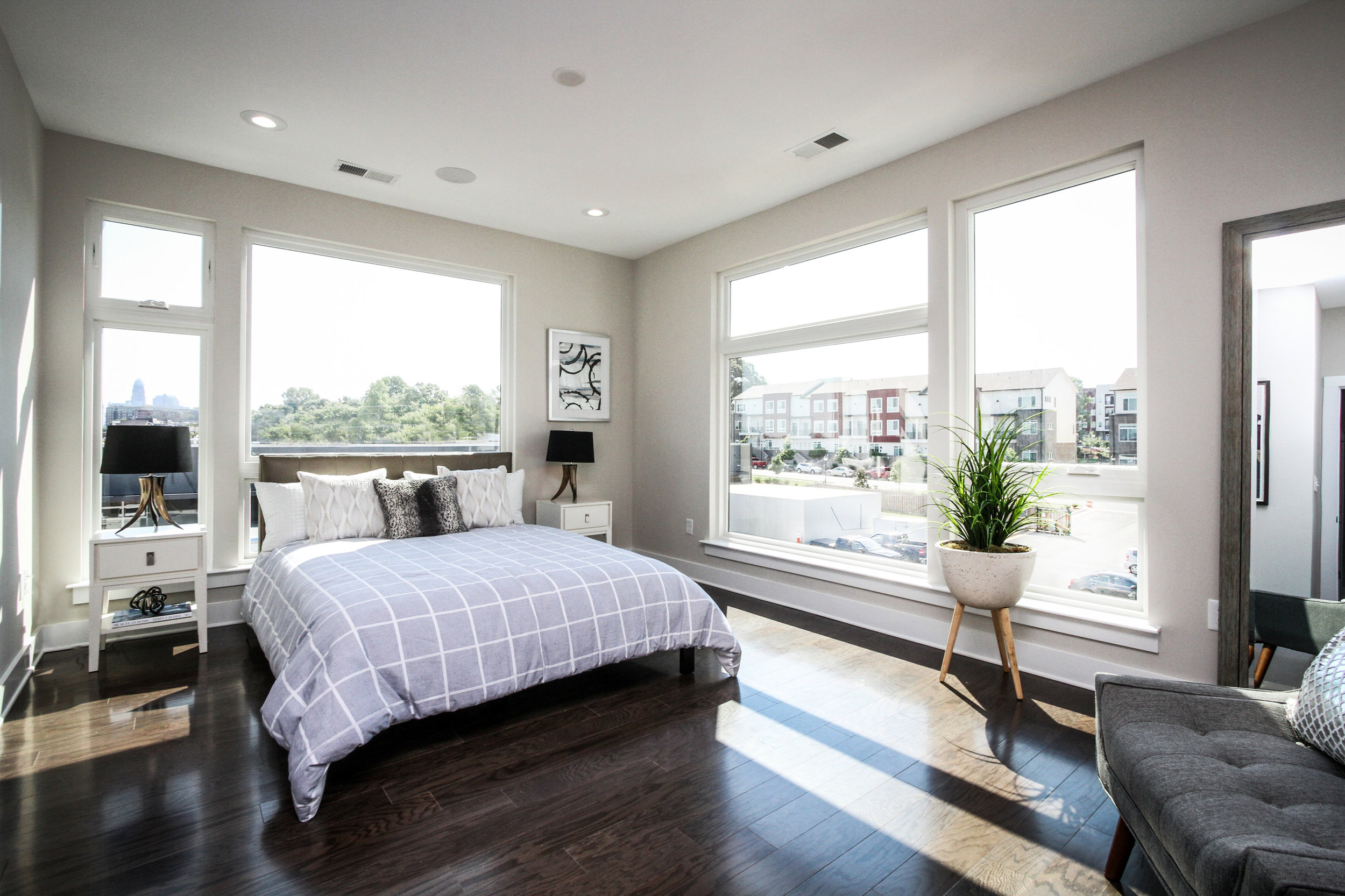 Southpoint_Bedroom_6759.jpg