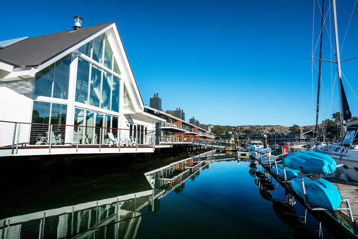 Clubhouse and Dock - Cove at Tiburon