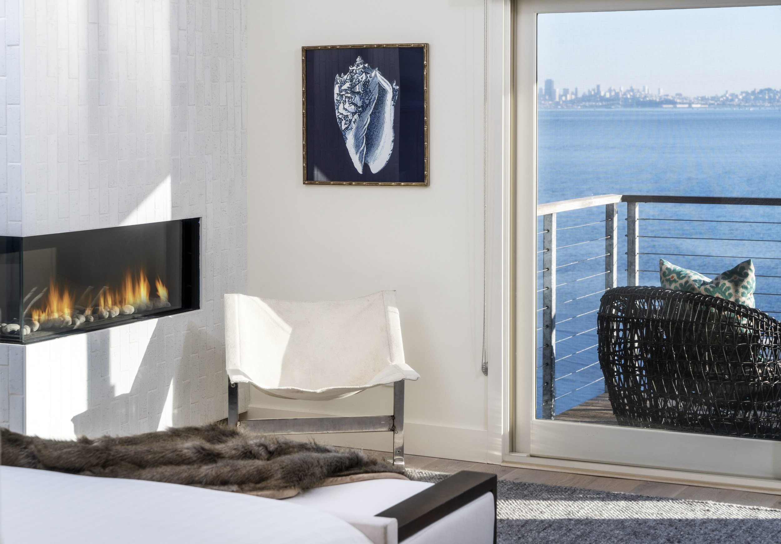 Maximus_The-Pointe-at-Cove_4Bdrm_aMaster-Bedroom-Fireplace-Detail_181207_162632.jpg
