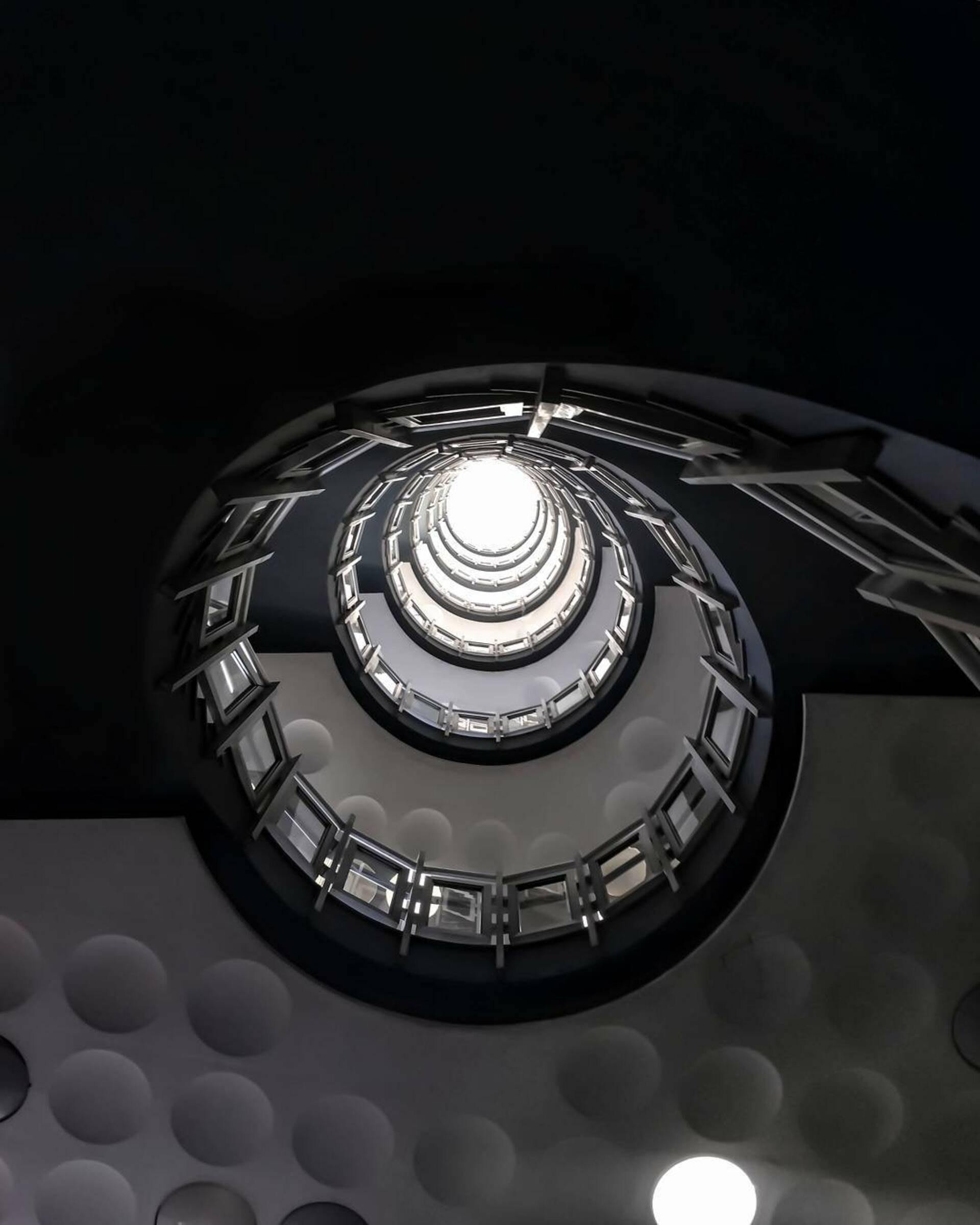 Image taken by  Matheus Viana  ( Pexels.com )