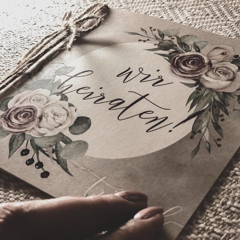 Hochzeitspapeterie - Feine bis kunstvolle Papeterie, in der sich eure Persönlichkeit widerspiegelt.Hochwertige Papiere, handgefertigte Veredelungen und der letzte Schliff für euren besonderen Tag.