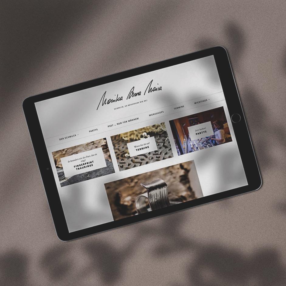 Webdesign - Nach Maß bedeutet hier vor allem, dass du eine Website bekommst, die unheimlich gut aussieht und sich im Schlaf von dir bedienen lässt.Ich zeig dir gerne wie!