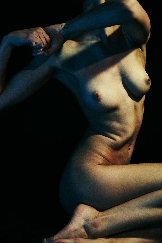maxmotel_freddy_nudes_oct26_01_caravaggio_0191.jpg