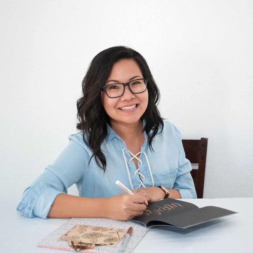 Lia Wijasa - Educraytor • Reppin California, USALia is a lettering artist based out of Riverside, California. After planning her wedding and was inspired by beautiful wedding calligraphy, she started lettering in 2016. She dedicated her time to practice lettering daily and explored different mediums to letter with. Her passion for anything handmade and DIY made her enjoys doing various custom lettering signage and wedding projects.Instagram | Dribbble