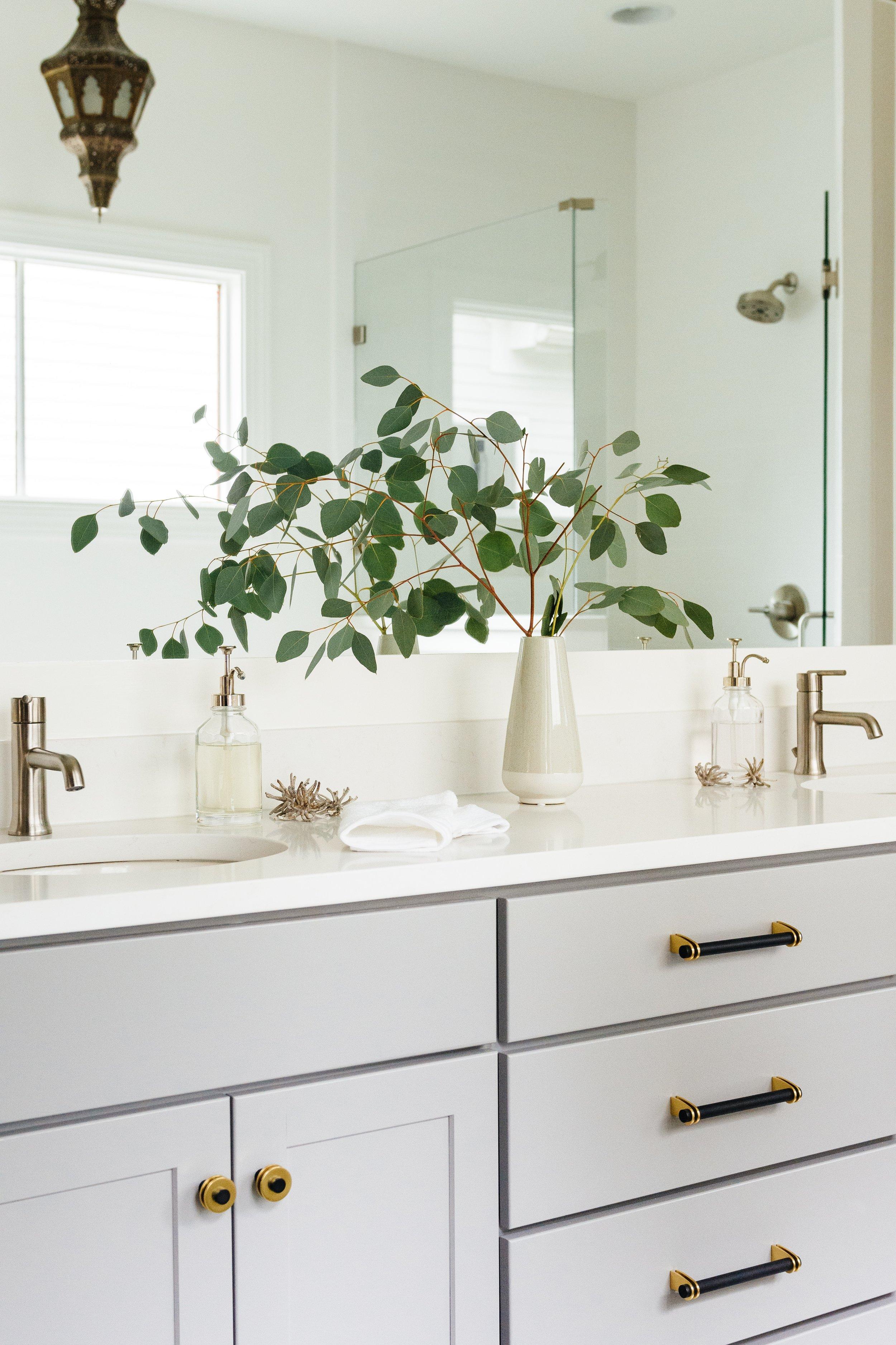 Megan Holt Interiors_Germantown Bathroom_Quinn Ballard Nashville Interior Photographer-425.jpg