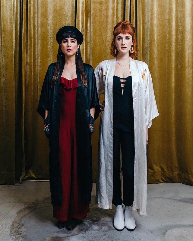 🌜THIS IS KARMIC 🌞 LINK IN BIO 🌛 . . . 📸: @stefanfotografiert  #newmusic #karmictour2019 #fm4 #indieband #newmusicfriday #newtrack #spreadthelove #newsingle  #womenequality #singers #futureisfemale #girlpower #tourlife #kroq #kcrw #spotifyplaylist #spotify #itunesmusic #austria🇦🇹 #lightworkers #musicfestival #ontheroad #musicmakers #eurotour2019 #losangelesband #applemusic #vintagestyle #onestowatch #ladybosslifestyle