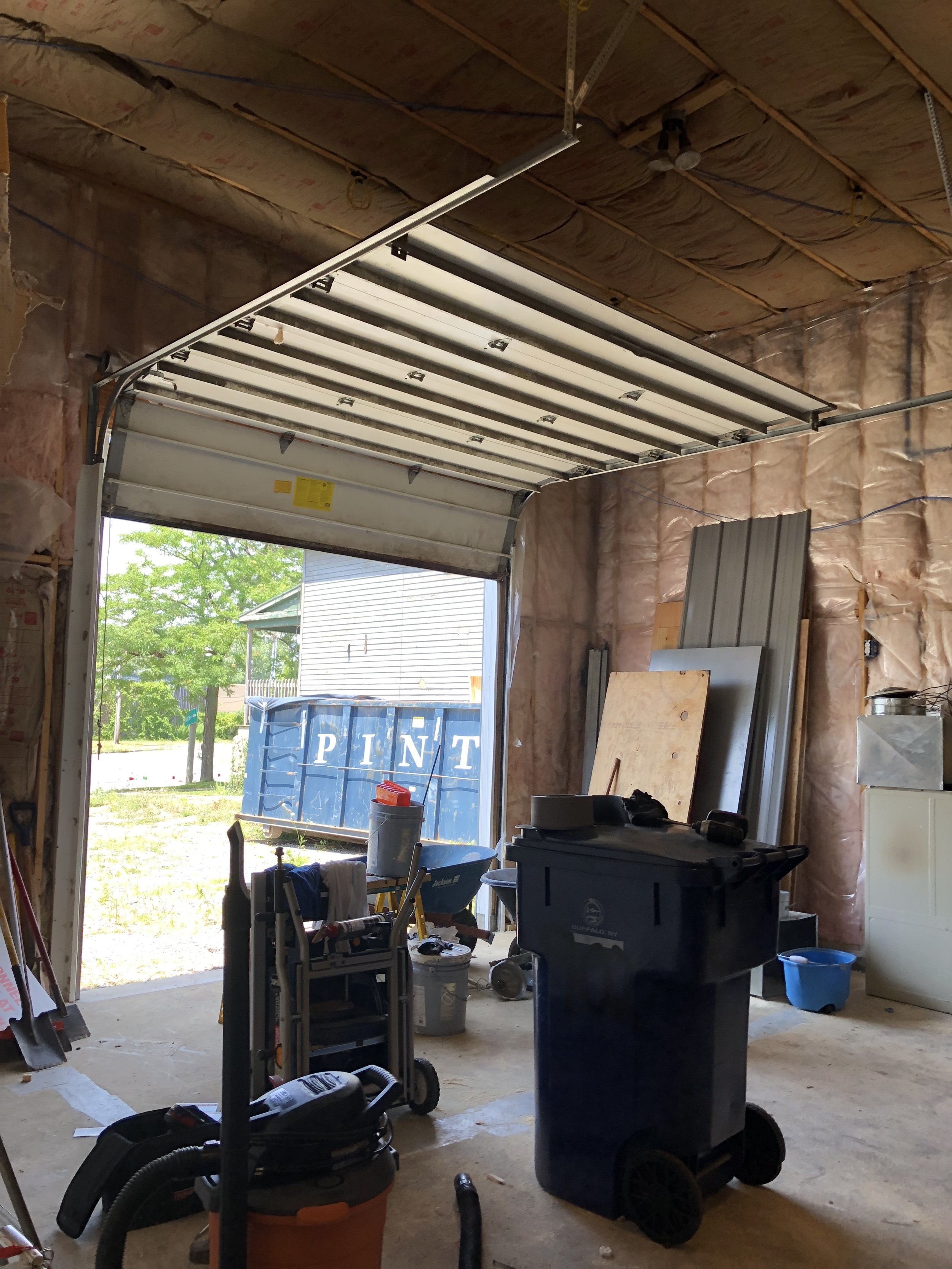 LW Garage Space.JPG