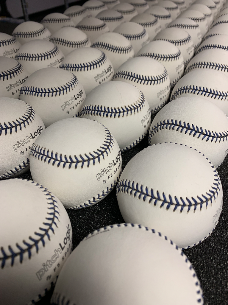 lots of pitchLogic baseballs.png