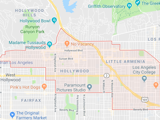Hollywood  Superficie: 79.5 km2 Démographie: environ 87,990 habitants Prix moyen par Sq.Ft (1m2 = 10.76 Sq.Ft): -Maison Single Family: Q1 2018: $690 (Q1 2017: $581) -Condo: Q1 2018: $563 (Q1 2017: $616)