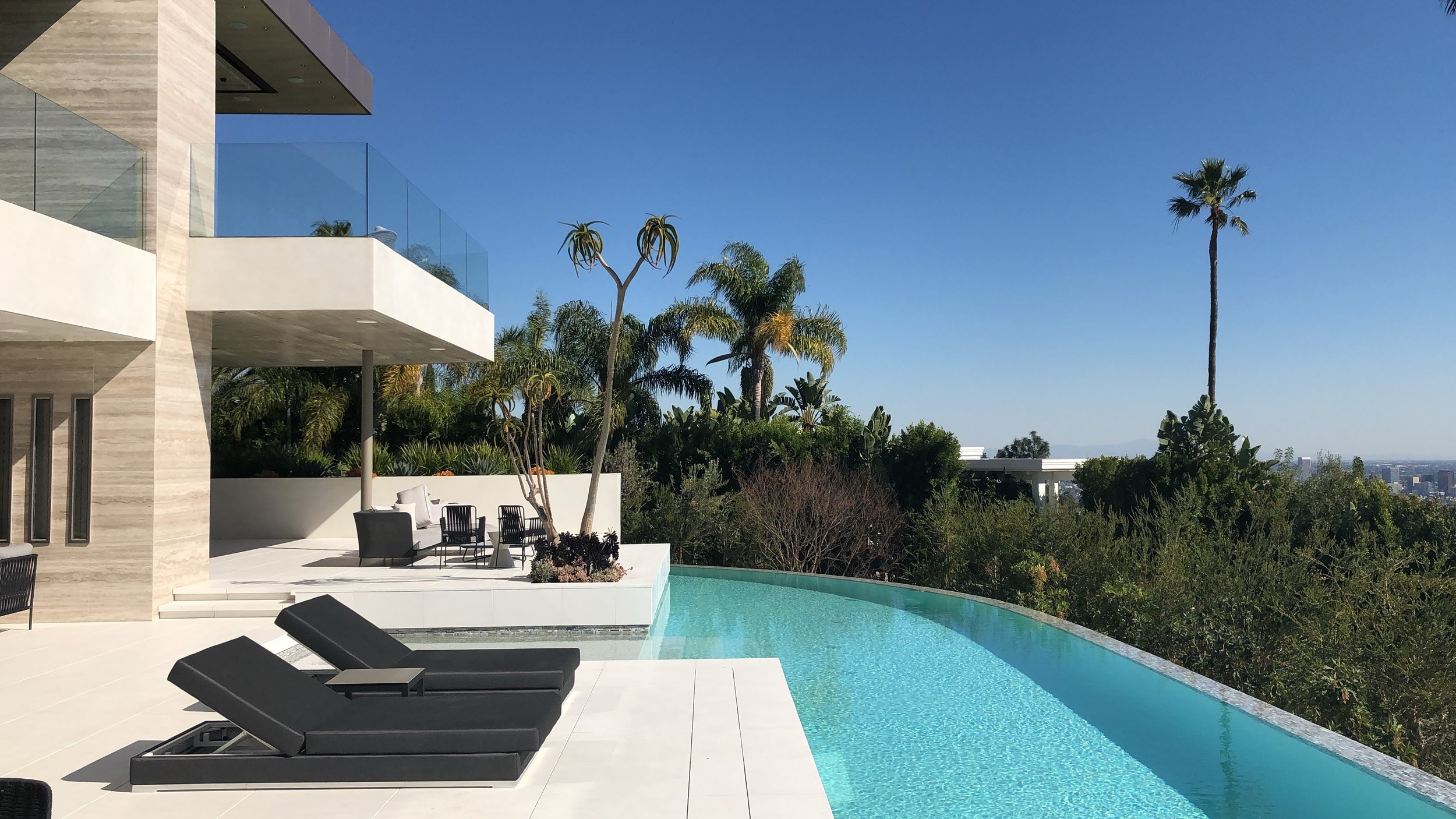 RESIDENTIAL   > Buy and sell homes securely in Los Angeles with our professional support.