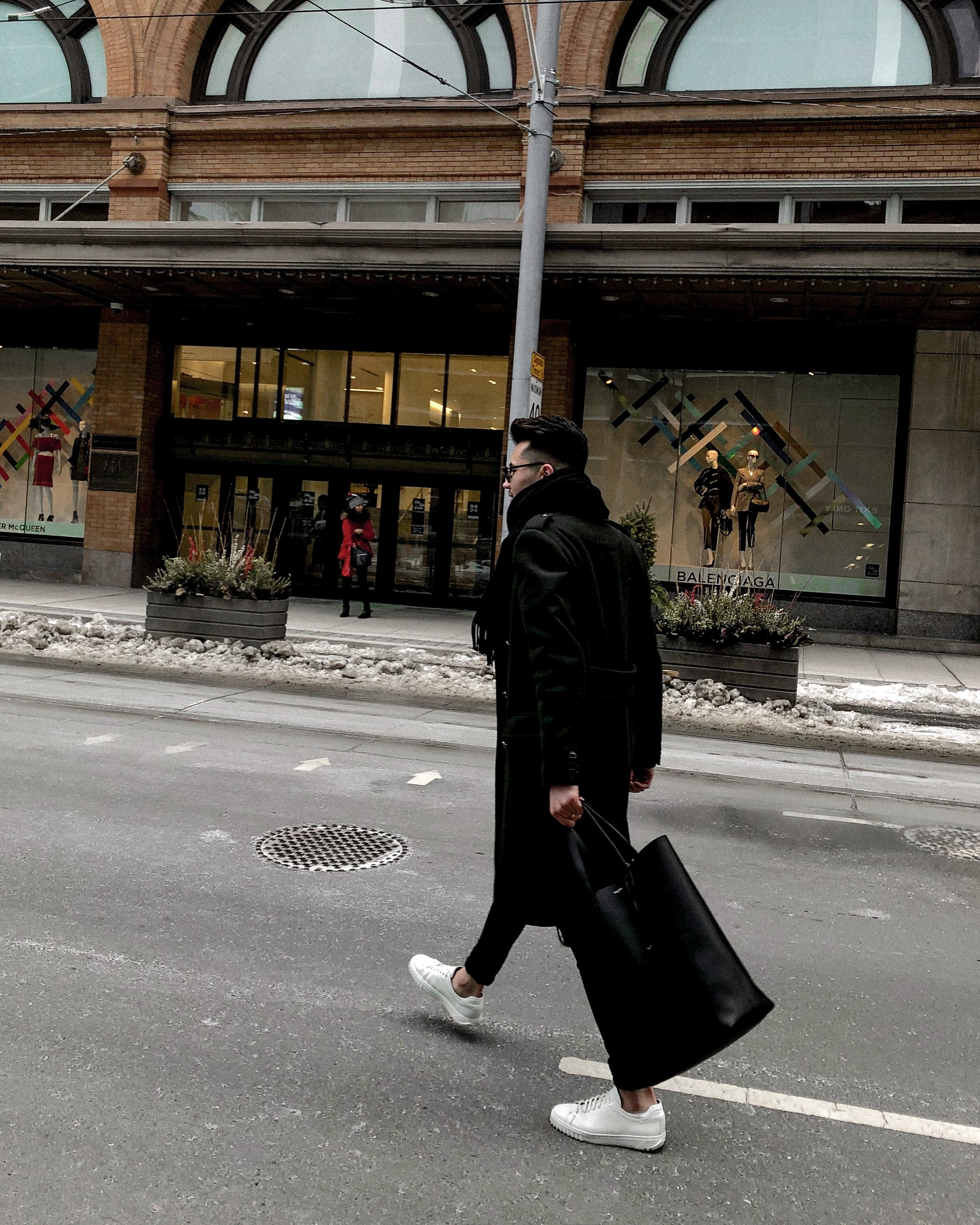 Michael Biro-Global Garçon-H&M-Zara-H&M oversized coat-Saint Laurent-Saint Laurent clutch-men's street style-globalgarcon.net