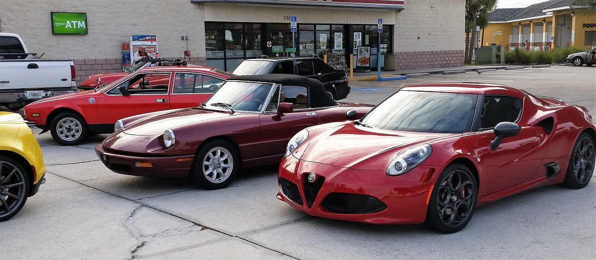 Three different reds Jeff Schuyler's spider, Serg Mourasian's Alfetta and John Pokrny's 4C..jpg