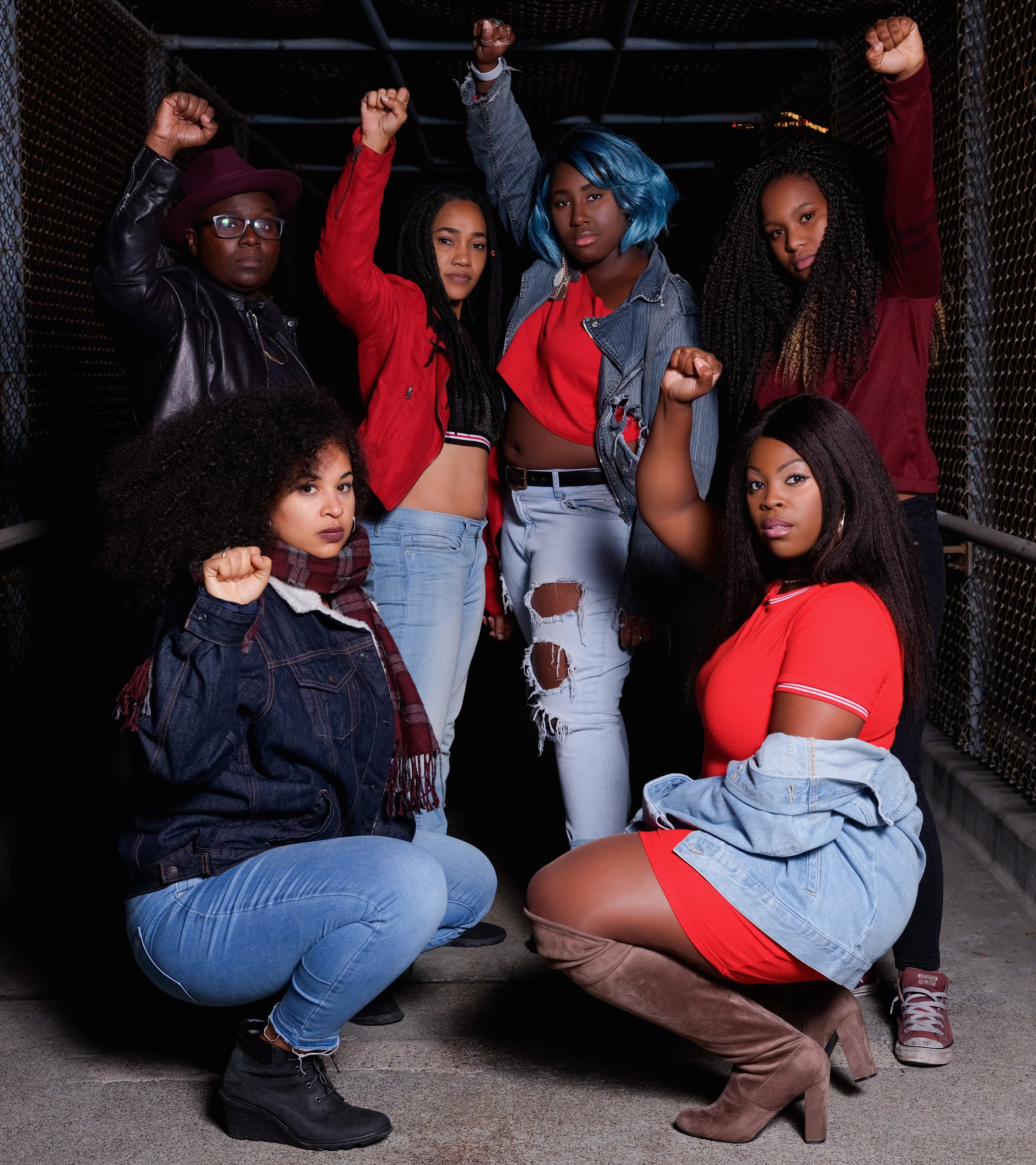 MEET THE BAND - The Onyx is an all black female six member music ensemble. This collective came together to solidify unity among women of color and to provide an artistic outlet for the female voice to be heard. Hailing from and recalling styles of Oakland, New York, Chicago, North Carolina, Cuba and Puerto Rico. This eclectic group brings r&b, rock, electronic and latin music to an electrifying peak that will have you on your feet!
