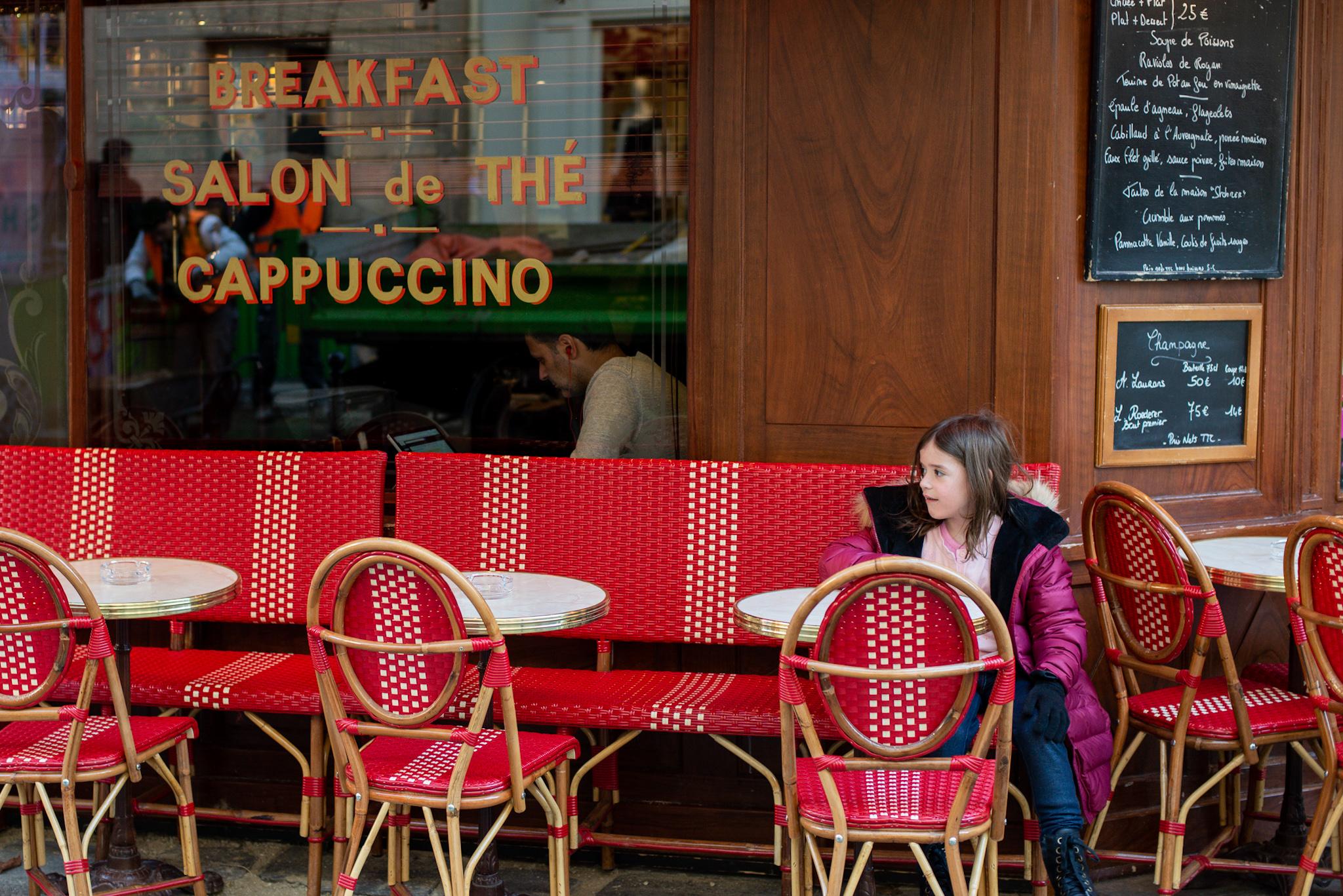 Cafe culture in Paris