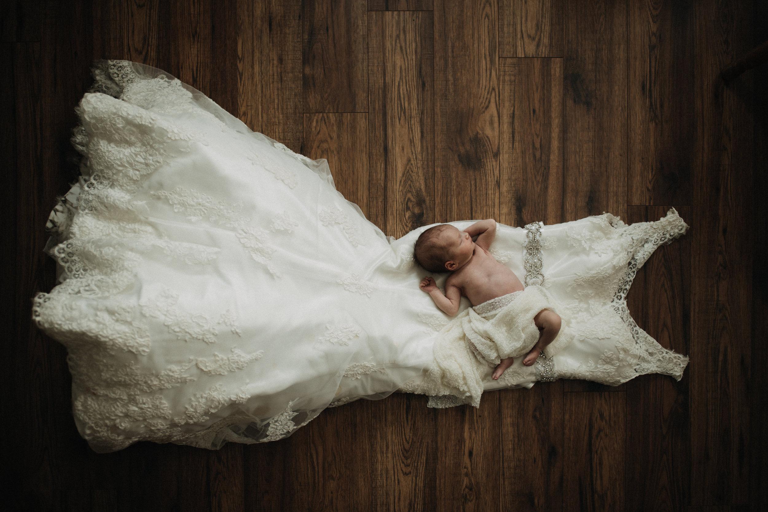 Tessa Newborn-29.jpg