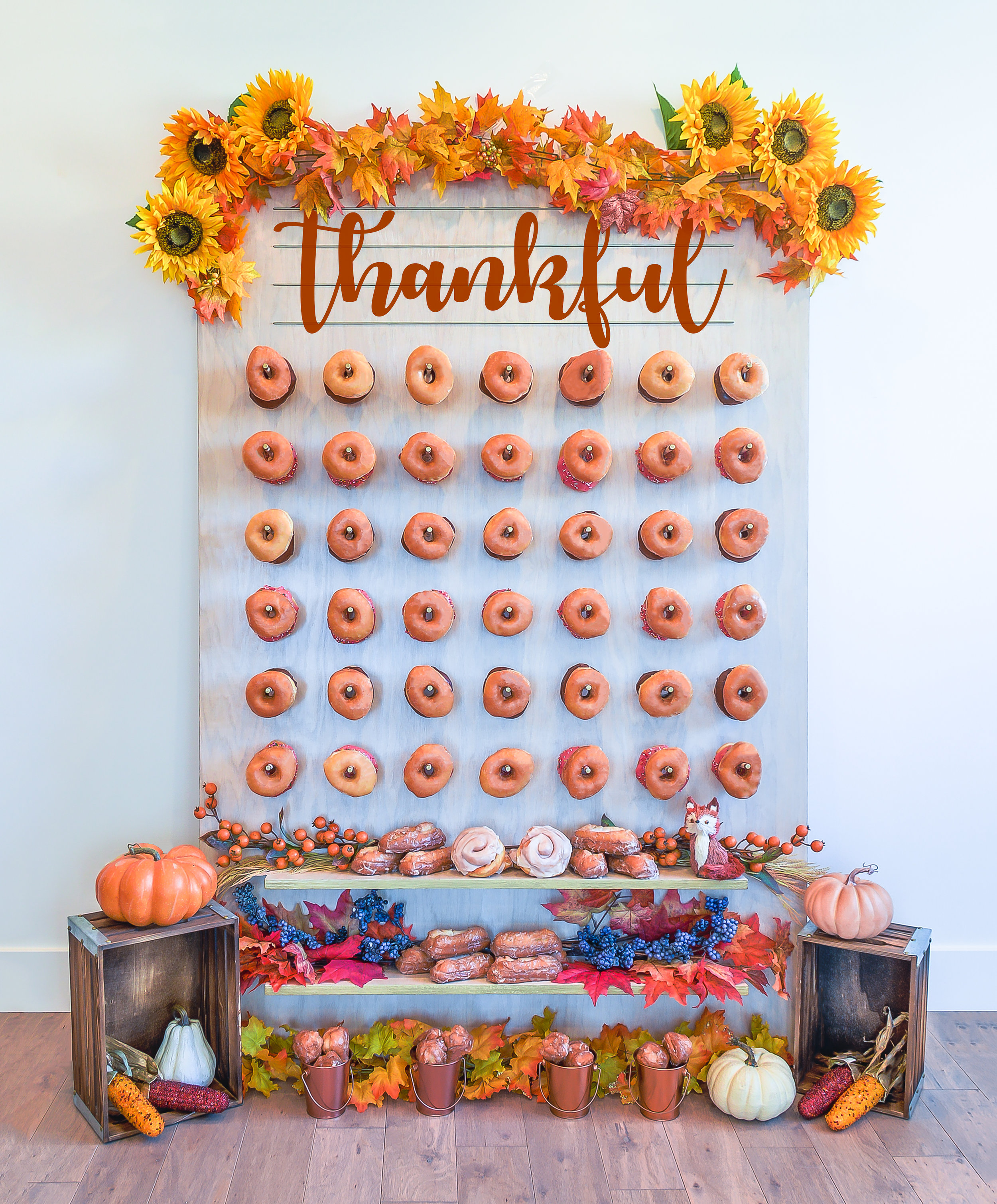Thanksgiving Fall Donut Wall || Primo's Donuts Los Angeles